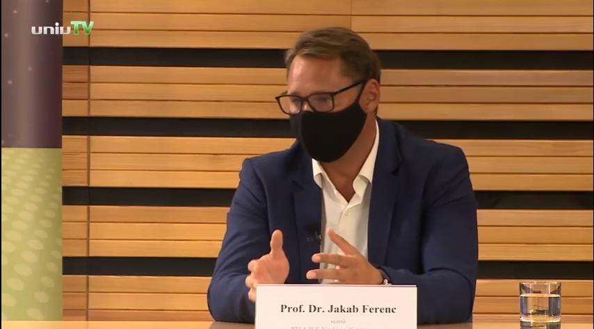 Jakab Ferenc: Magyarországon Európához képest brutálisan tombol a járvány