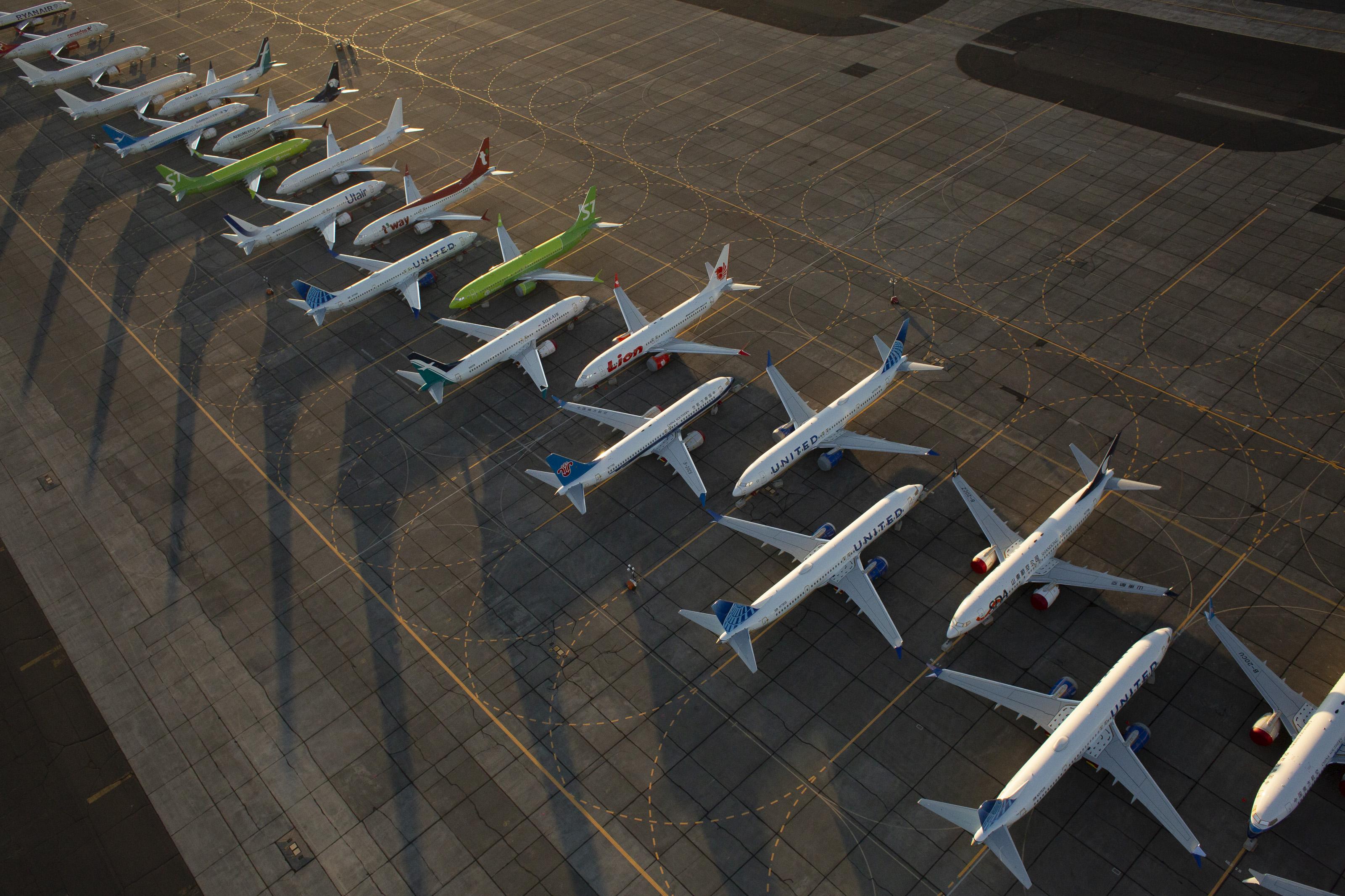 A Boeing és az engedélyező hatóság is felelős a 737 Maxok tragédiájáért