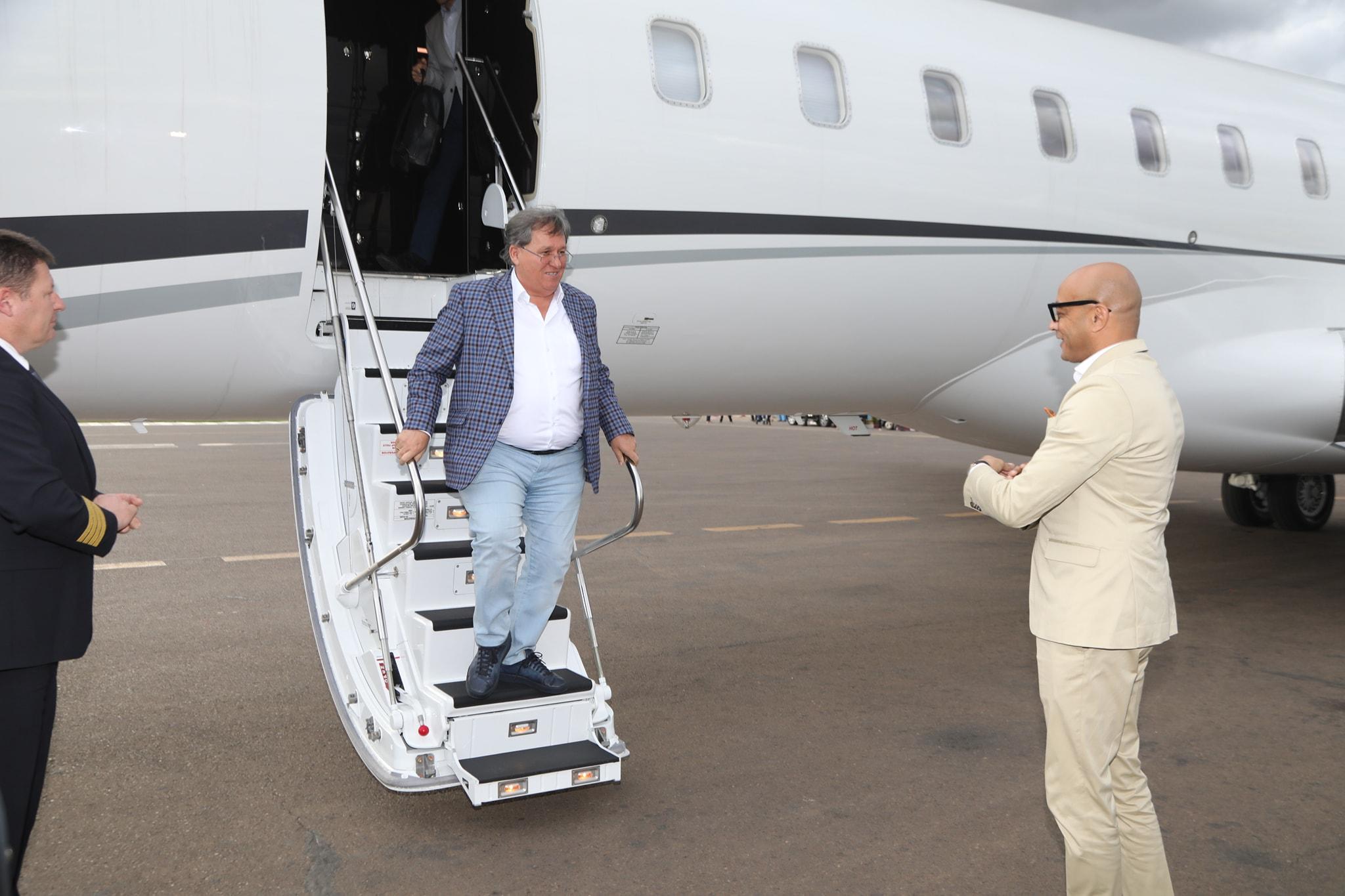 A Szijjártót megjachtoztató vállalkozó 91 milliárdos megbízást kapott az államtól