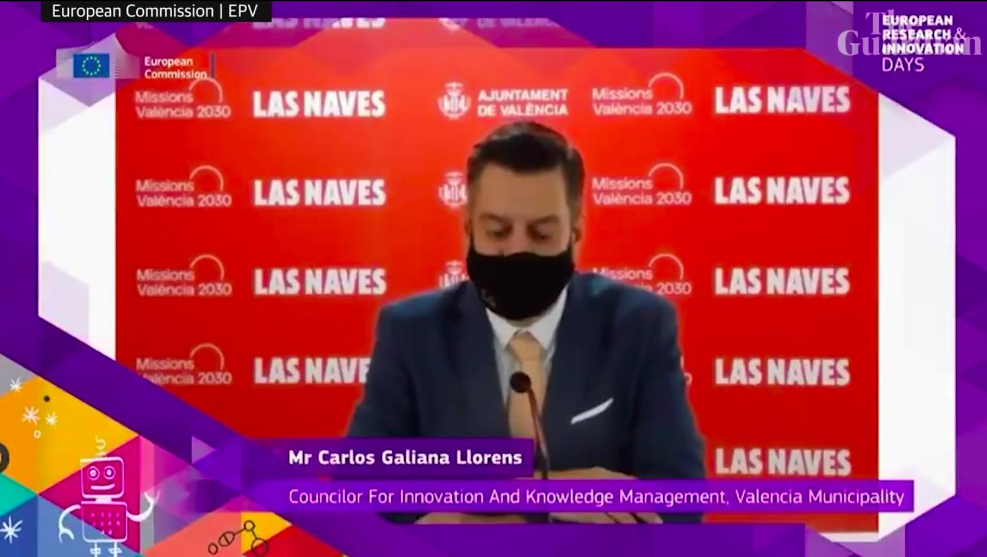 Zseni: tökéletes angolsággal jelentkezett be a maszkos spanyol politikus az Európai Bizottságnál, csak éppen nem ő beszélt, mert angolul pont nem tud