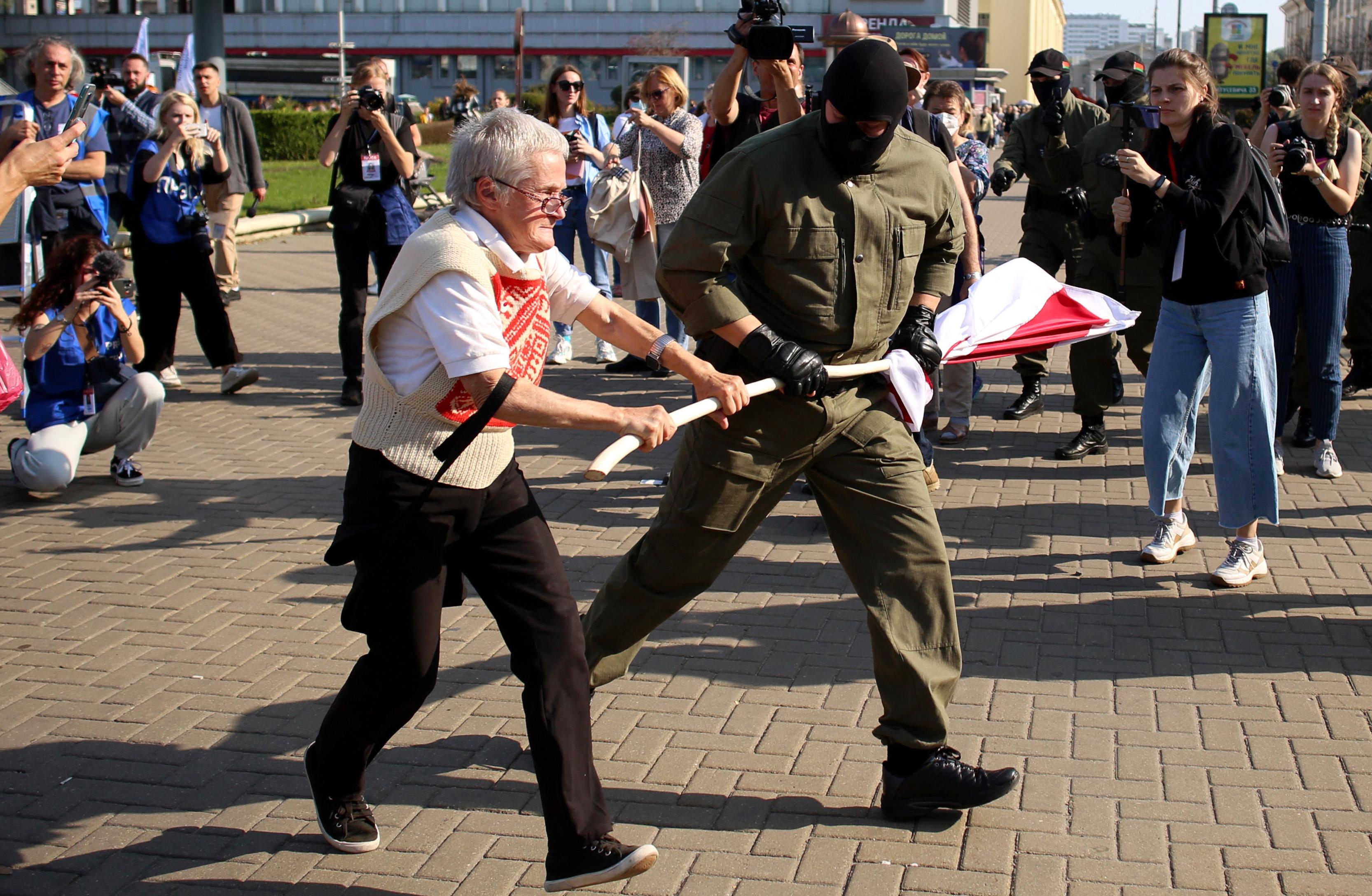 Litvánia 721 fehéroroszt engedett be humanitárius okokból