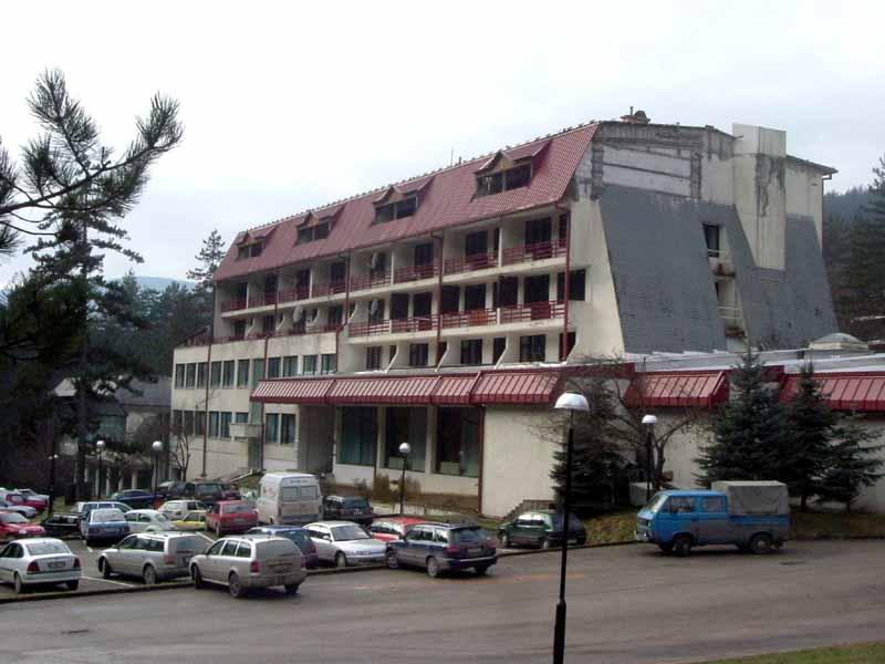 Boszniában petíció indult, hogy a Google ne listázzon wellnesshotelként egy koncentrációs tábort