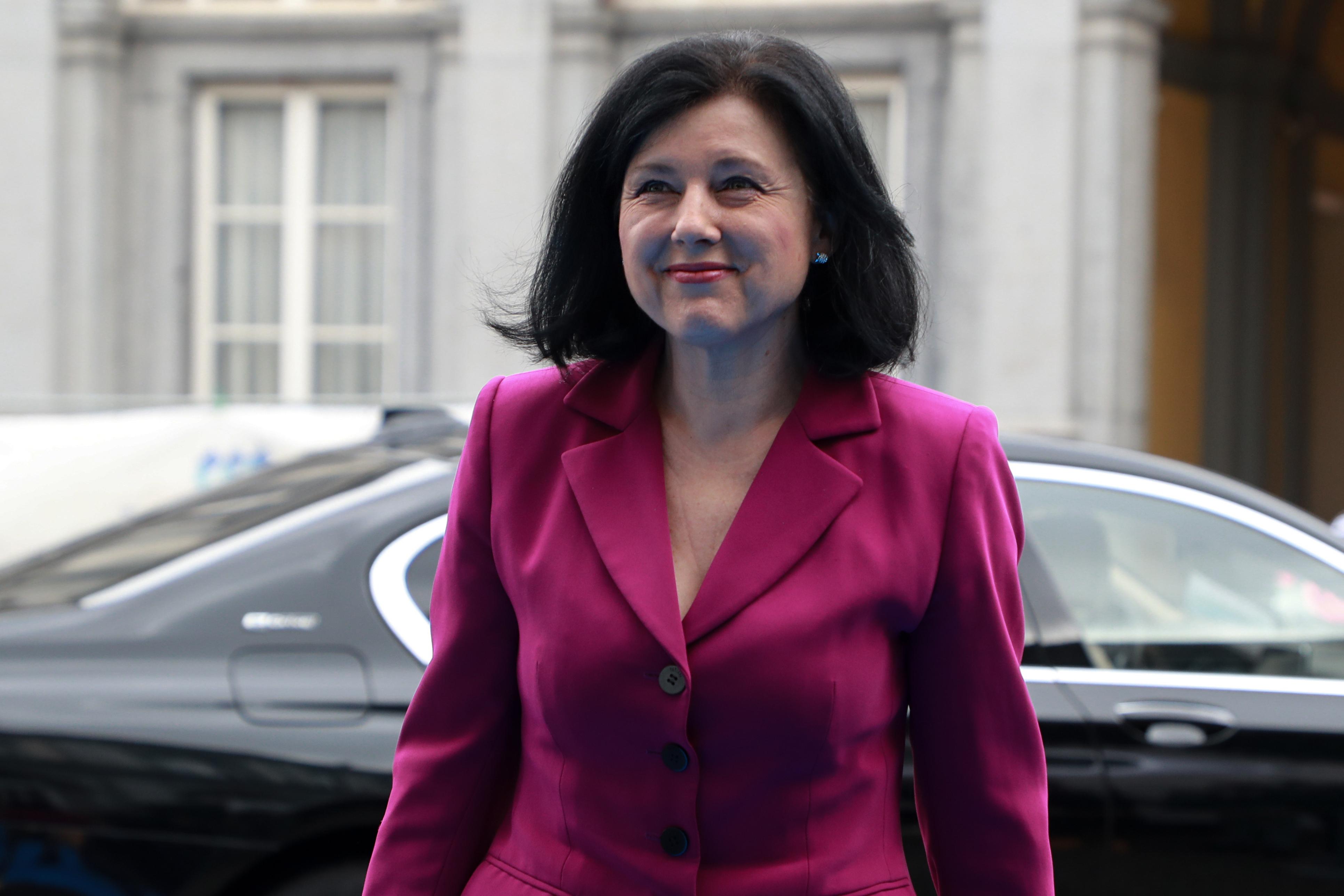 Vera Jourová szerint nincs ok az aggodalomra, hónapok kérdése, és az EU Bíróság elbírálja a jogállamisági mechanizmus jogszerűségét