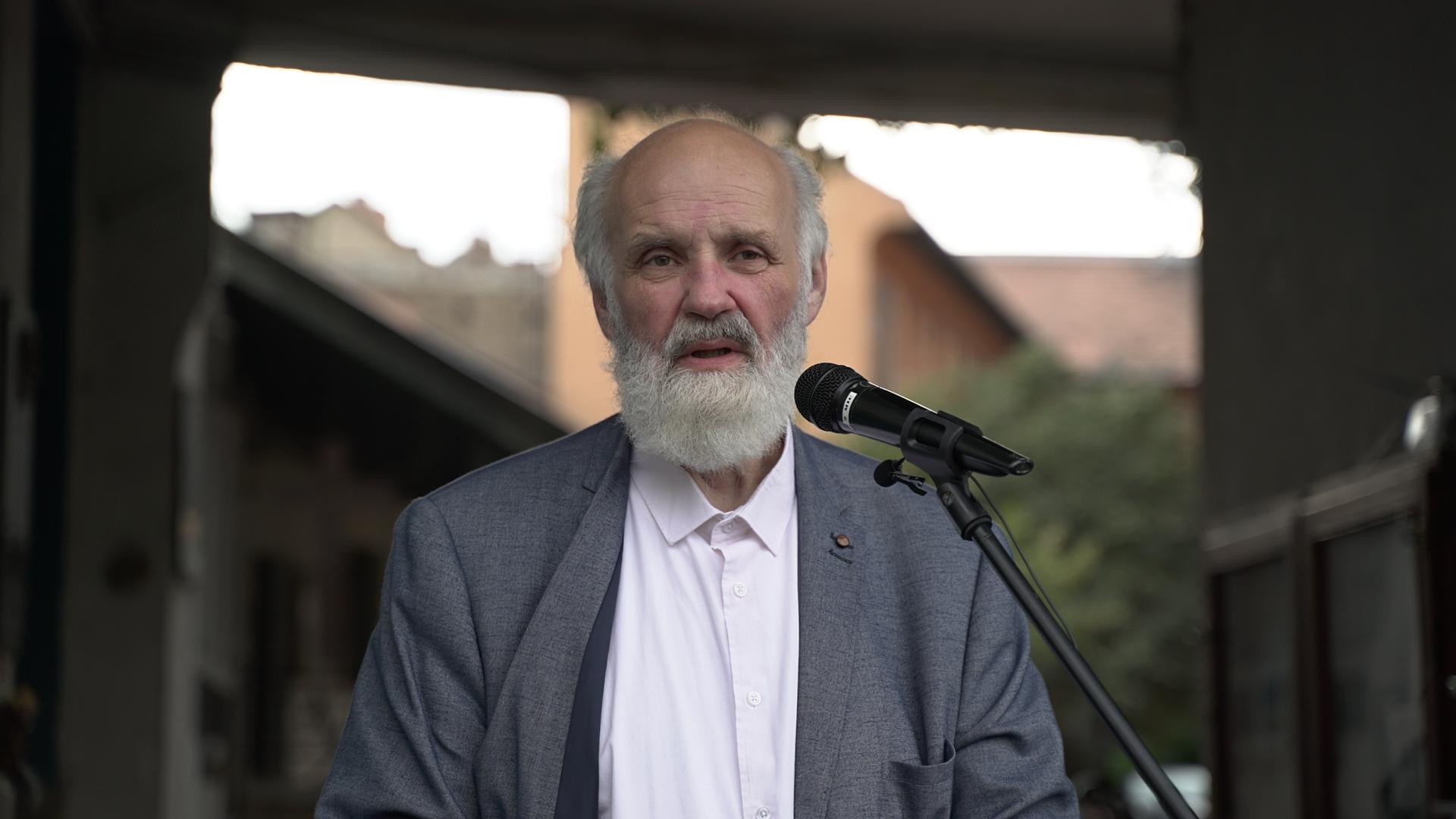 Iványi Gábor szerint utoljára a fasizmus idején próbálták meg a mostanihoz hasonló törvényekkel egy kézben koncentrálni a hatalmat