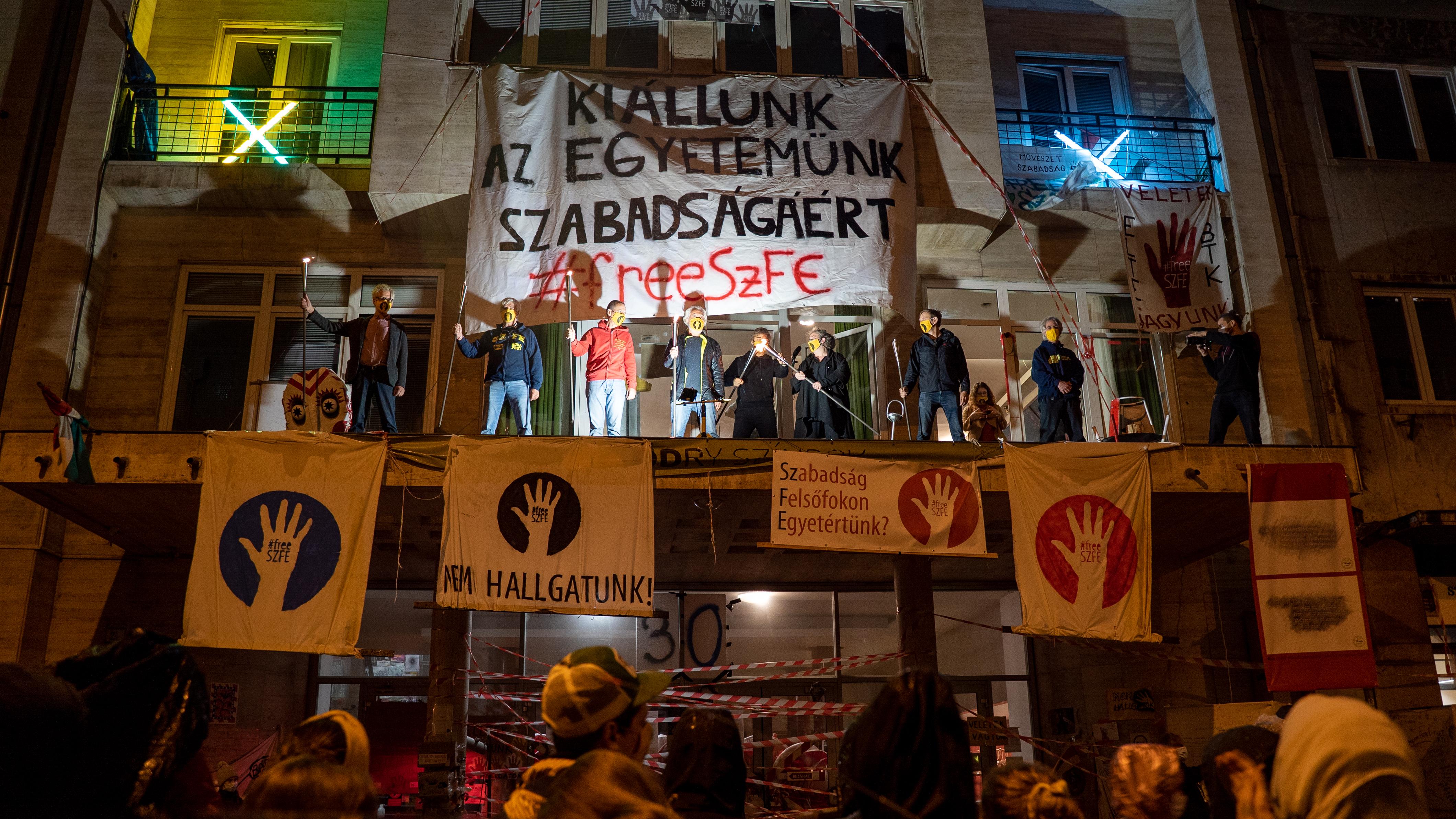 Független alkotóműhelyt hoznak létre az SZFE átalakítása ellen tiltakozó oktatók és hallgatók