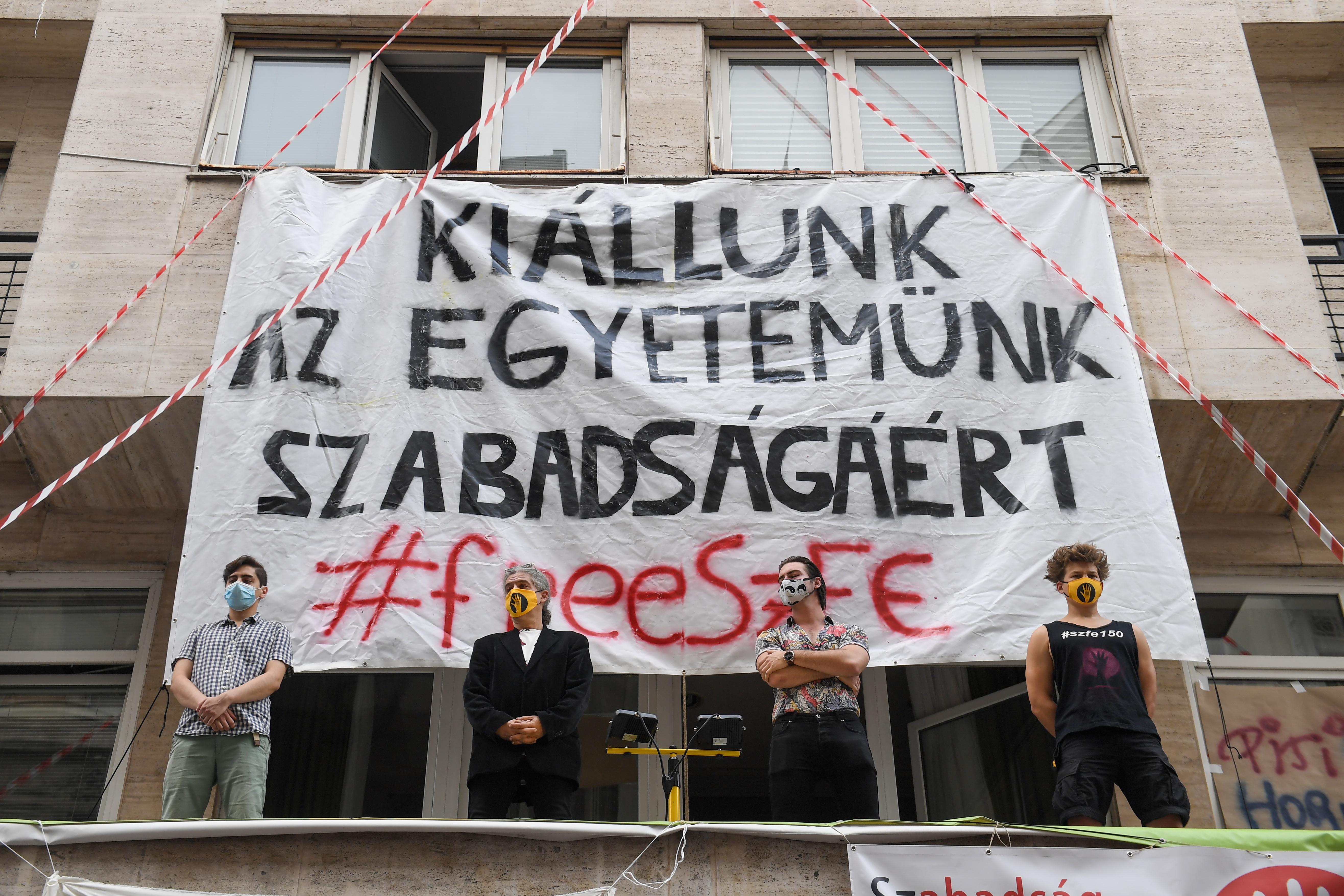 Október 23-ra tüntetést szerveznek az SZFE hallgatói