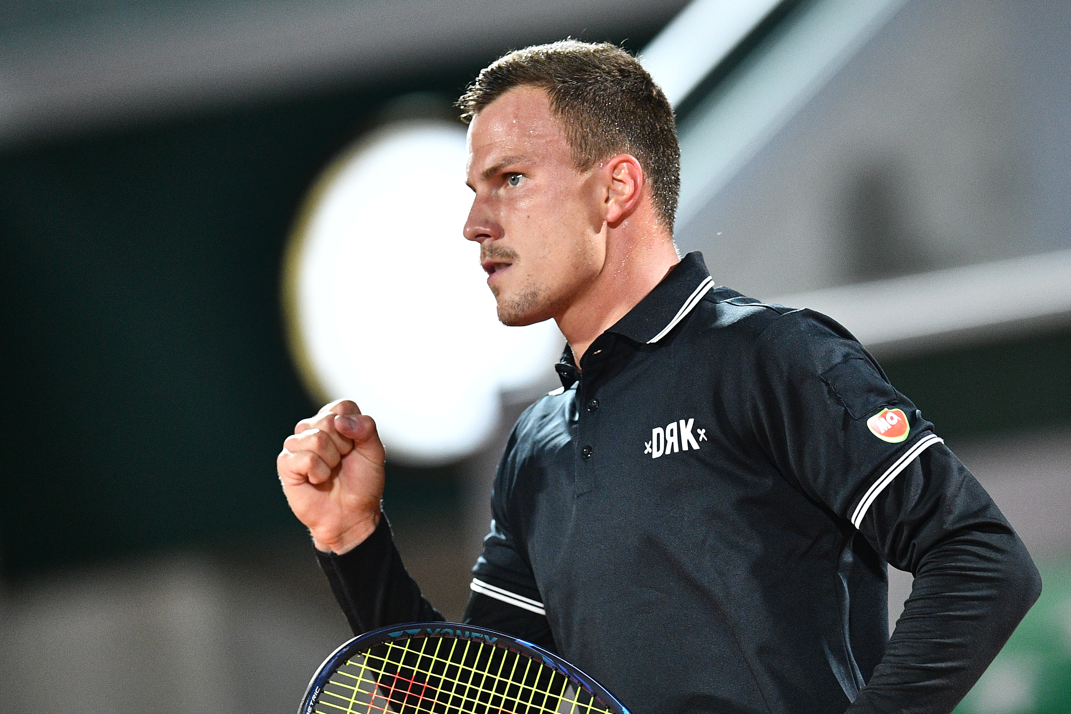Fucsovics Márton bejutott a 3. fordulóba a Roland Garroson