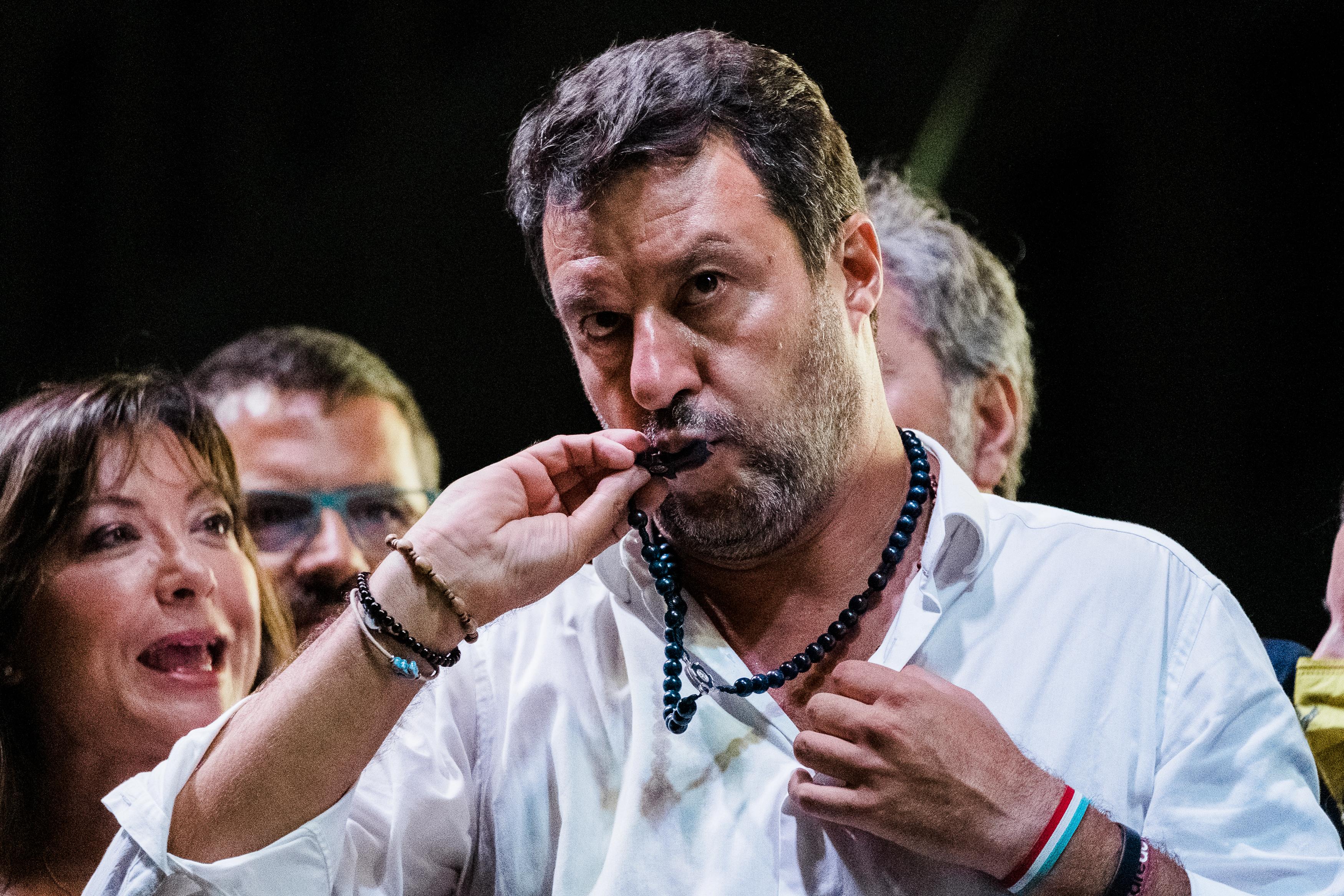 Salvini mártírként akar bevonulni a tárgyalására