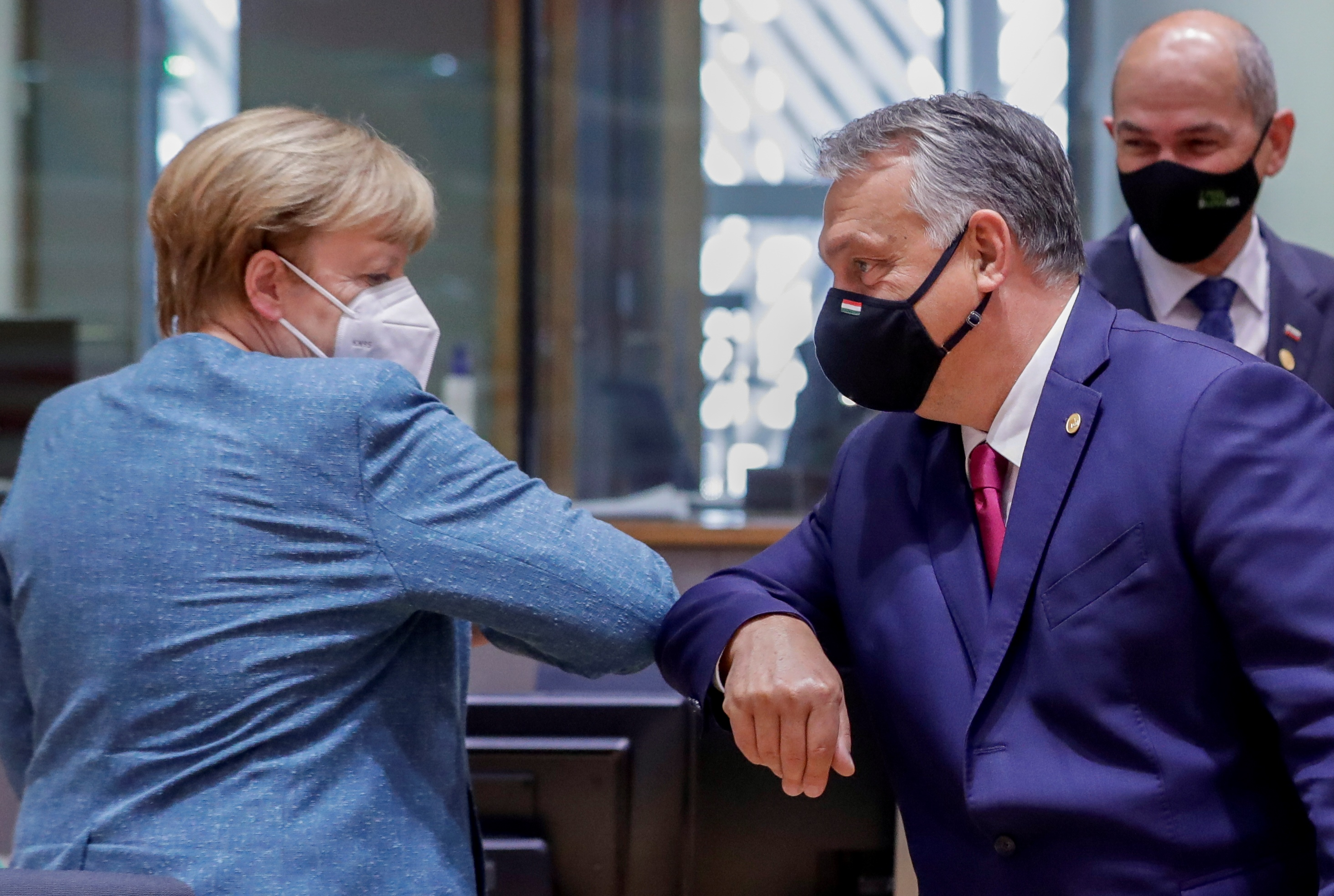 Merkel elégedett a jogállamisághoz kötött uniós költségvetéssel, egyelőre nem keresnek más megoldásokat