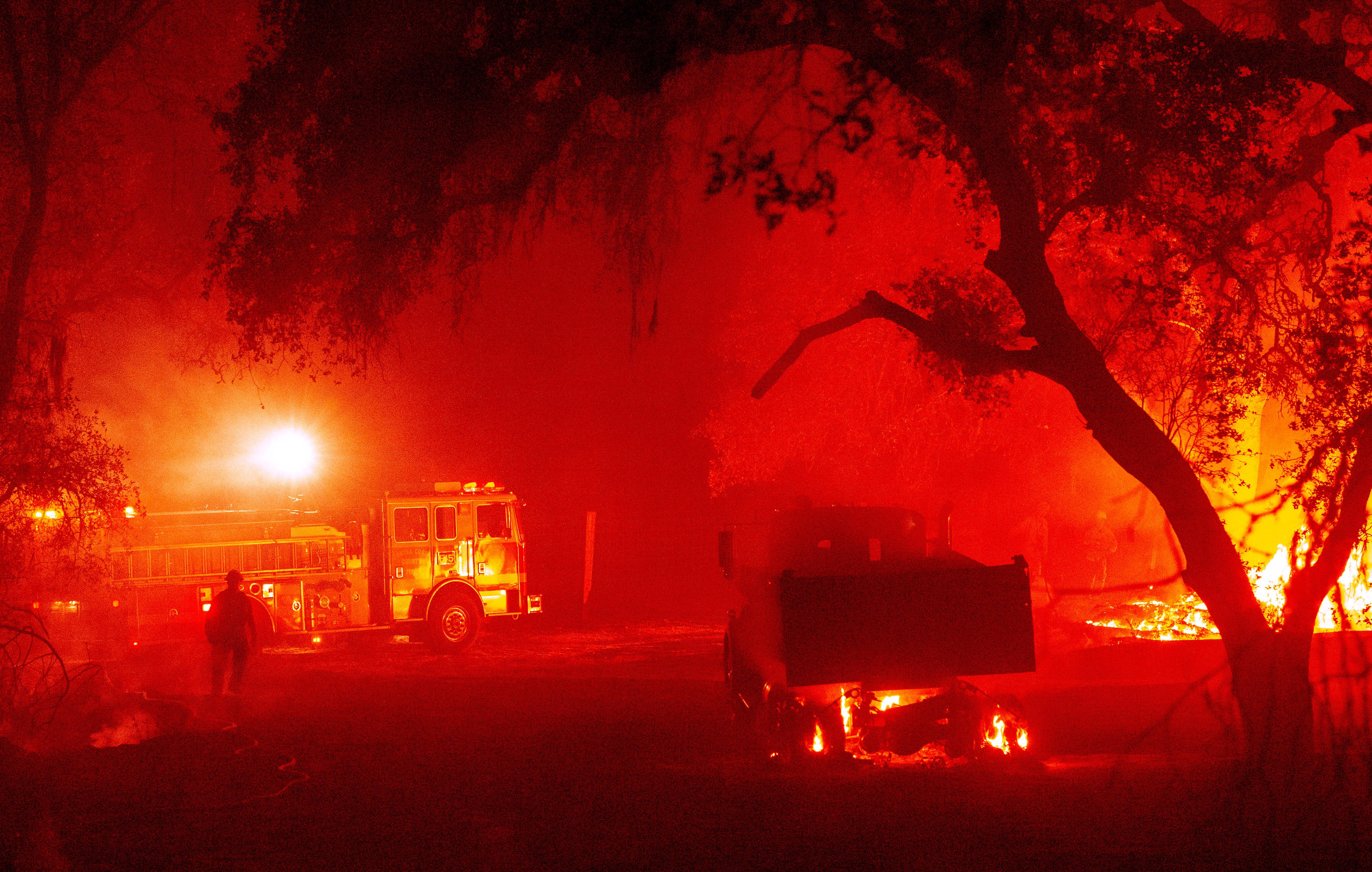 Minden idők legpusztítóbb erdőtűz-hulláma söpört végig Kalifornián idén