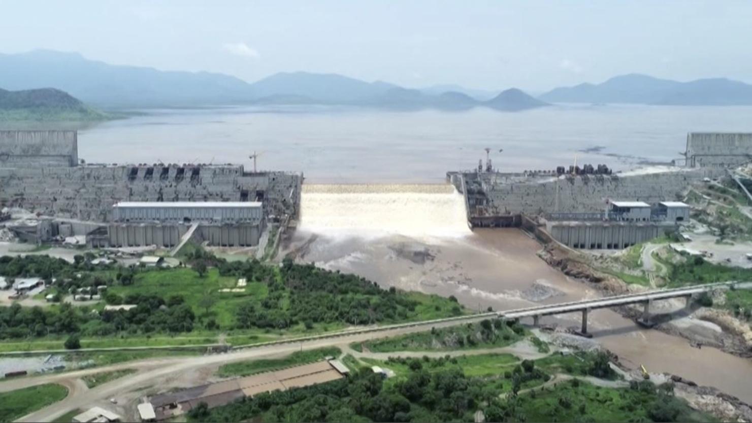 Etiópia megtiltotta a repülést a gigantikus Nílus-gát fölött, melynek építését a környező országok nem nézik jó szemmel