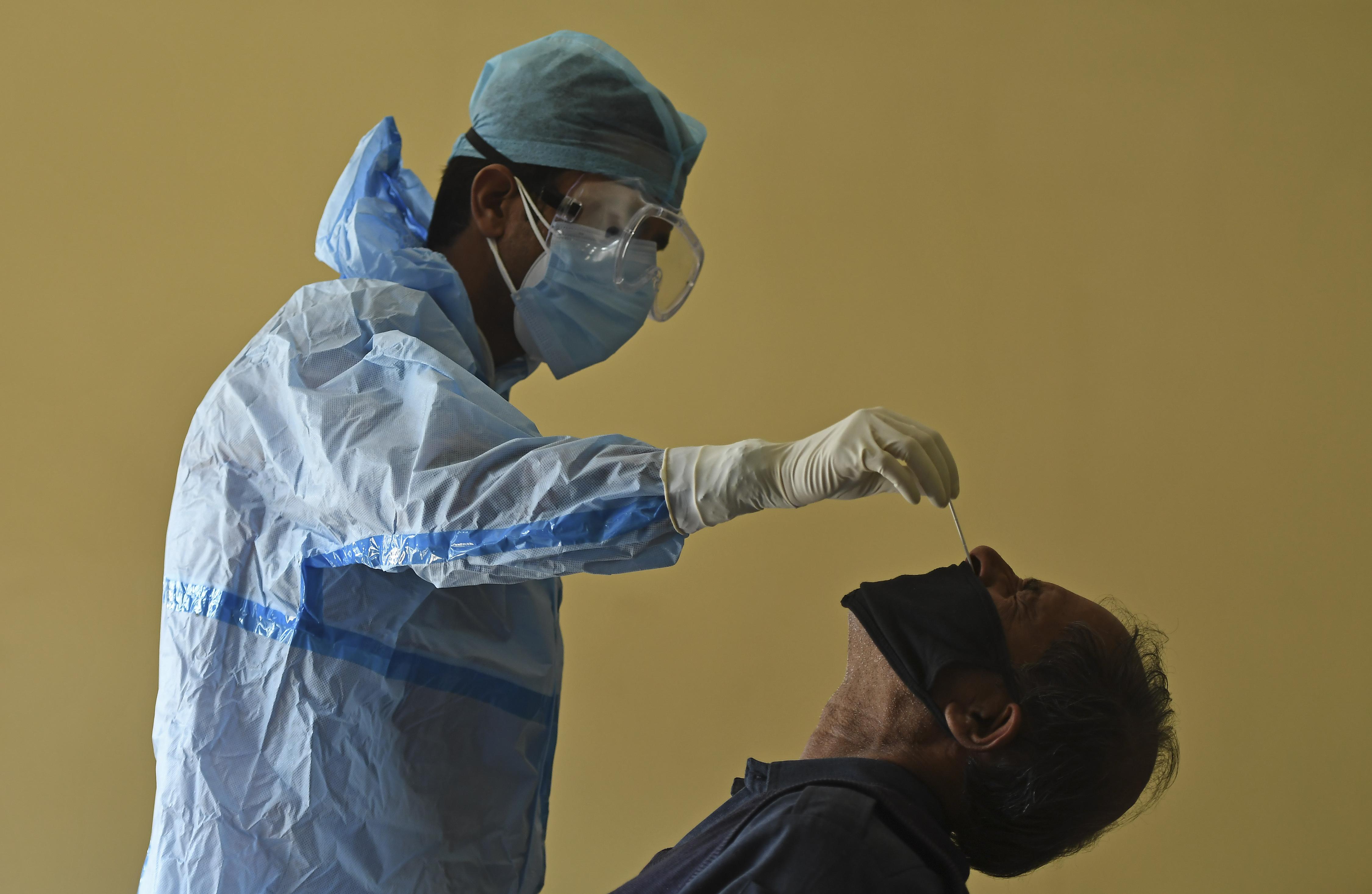 Egyre többet tudunk a koronavírus hosszú távú hatásairól, amik azoknál is megjelenhetnek, akik könnyen megúszták
