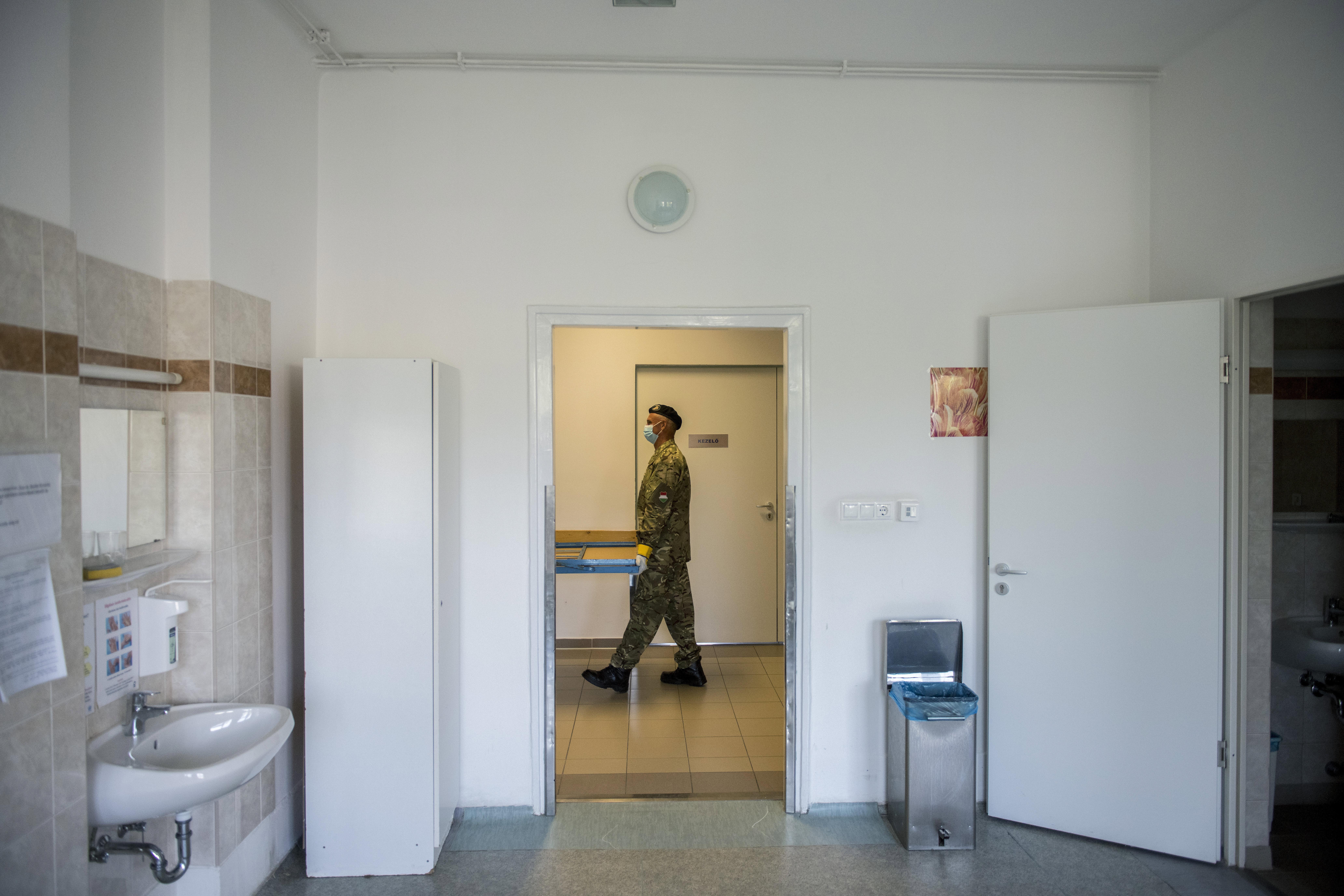 93 kórházban lesznek katonák