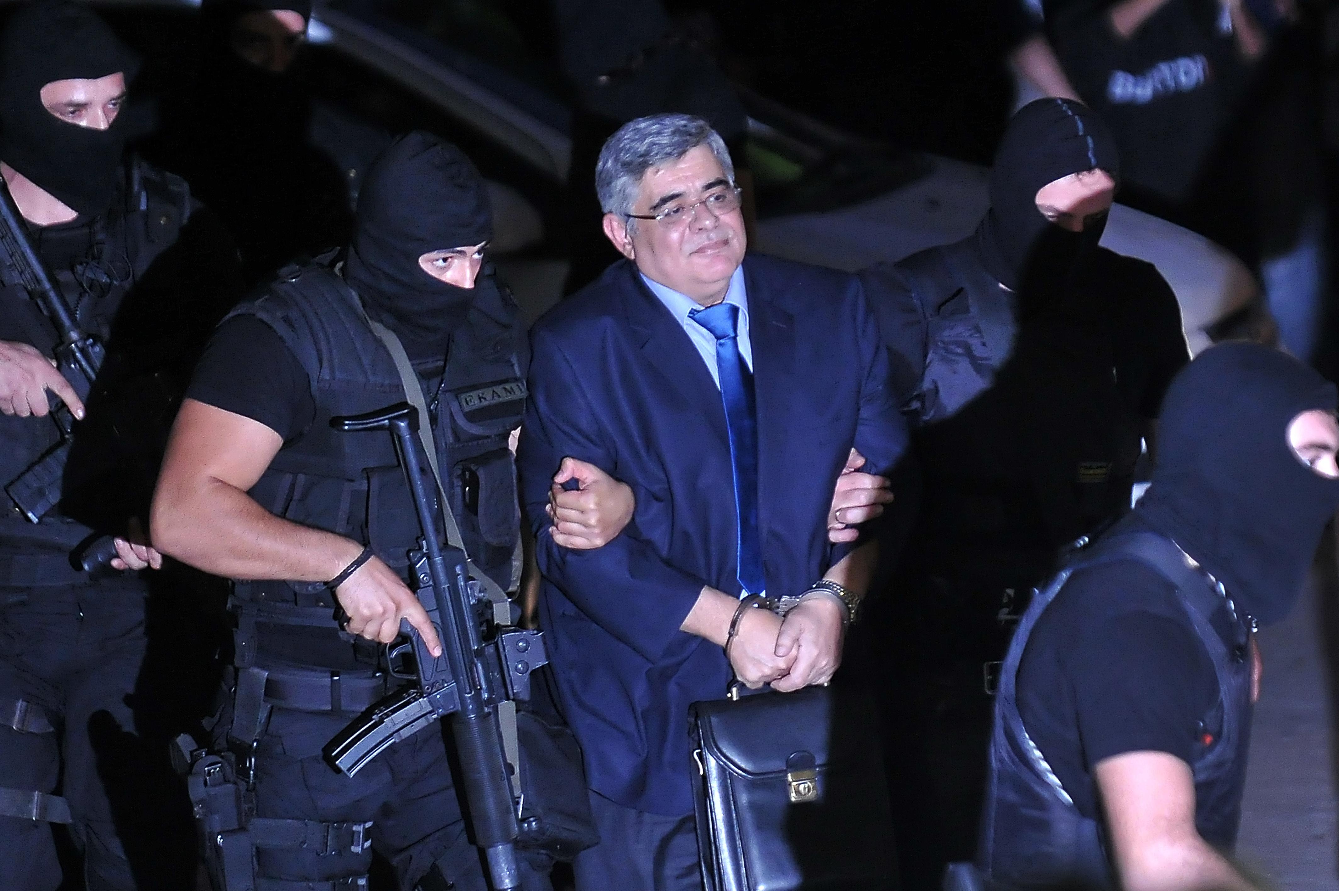 13 év börtönt kapott az Arany Hajnal görög szélsőjobboldali párt több vezetője