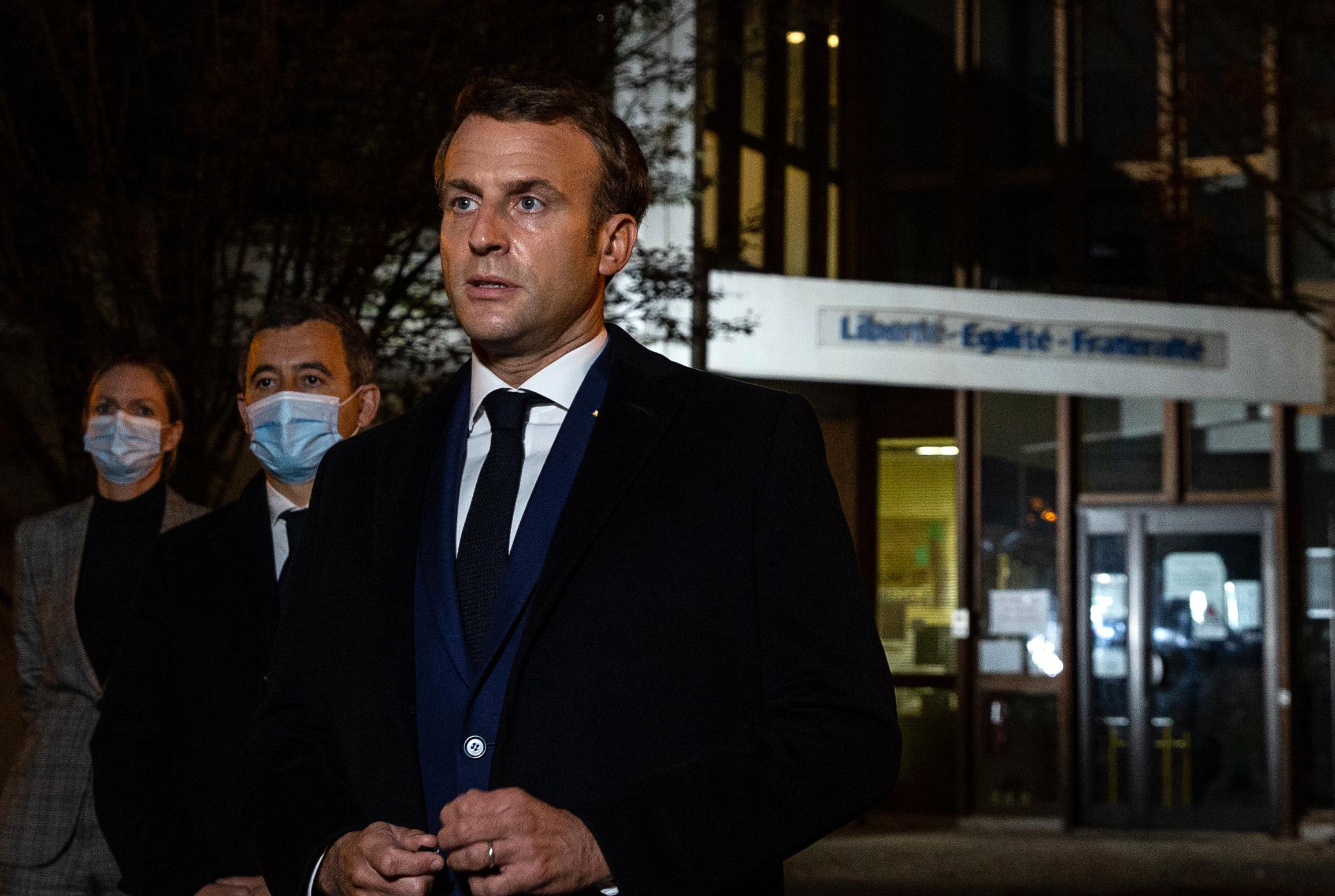 Több közel-keleti ország is bojkottálta a francia termékeket, miután Macron kiállt a Mohamed-karikatúrák mellett