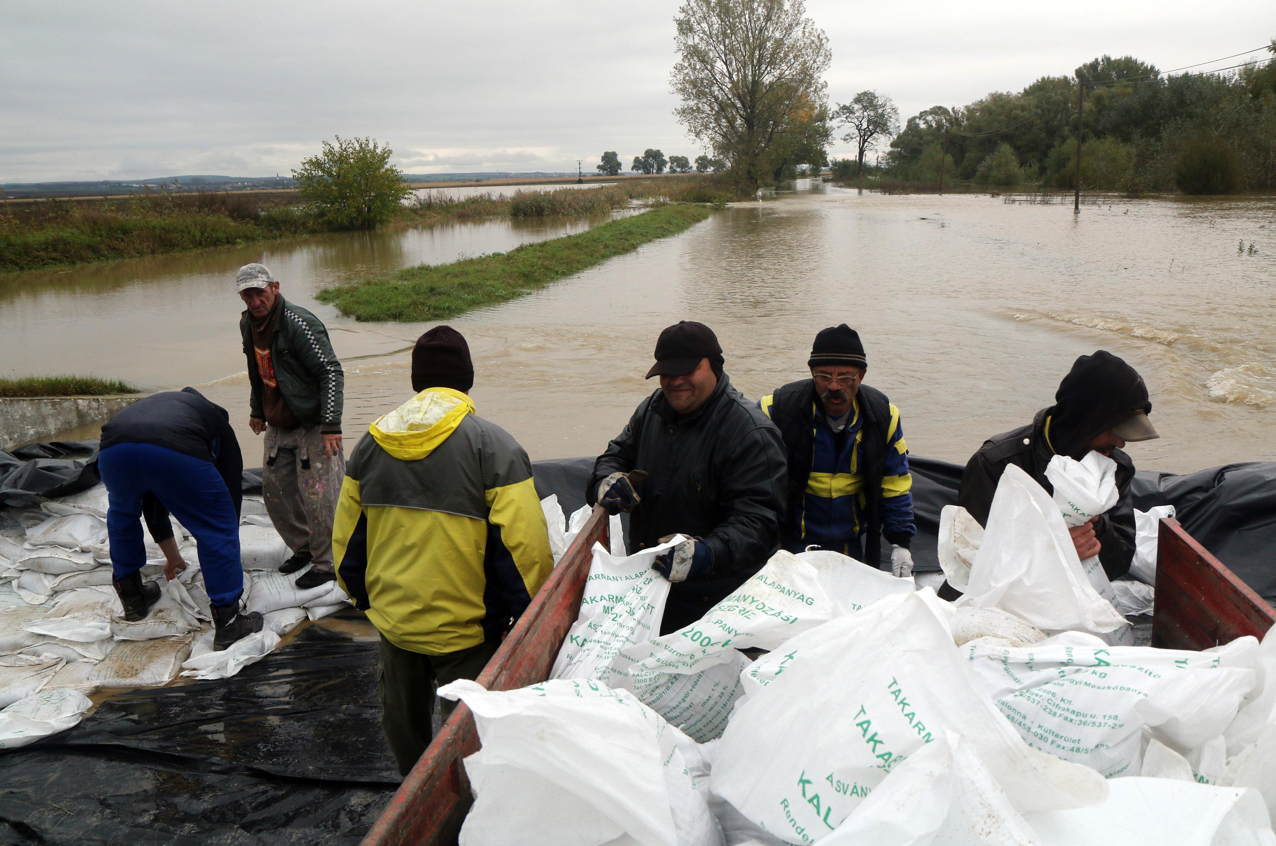A Hernád és a Sajó áradása még mindig gondot okoz Borsodban