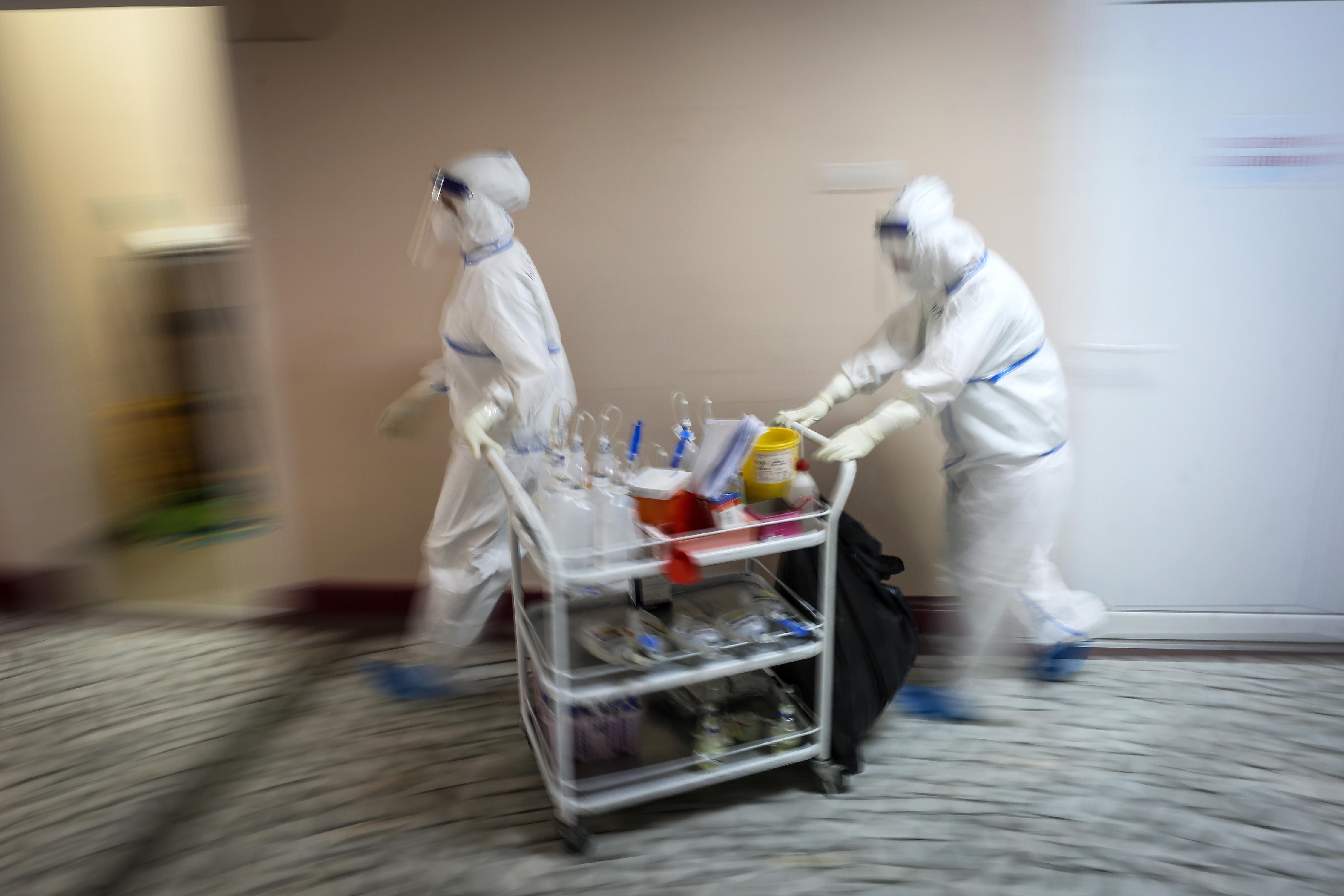 Belgrádban járványkórházzá alakítanak egy sportcsarnokot