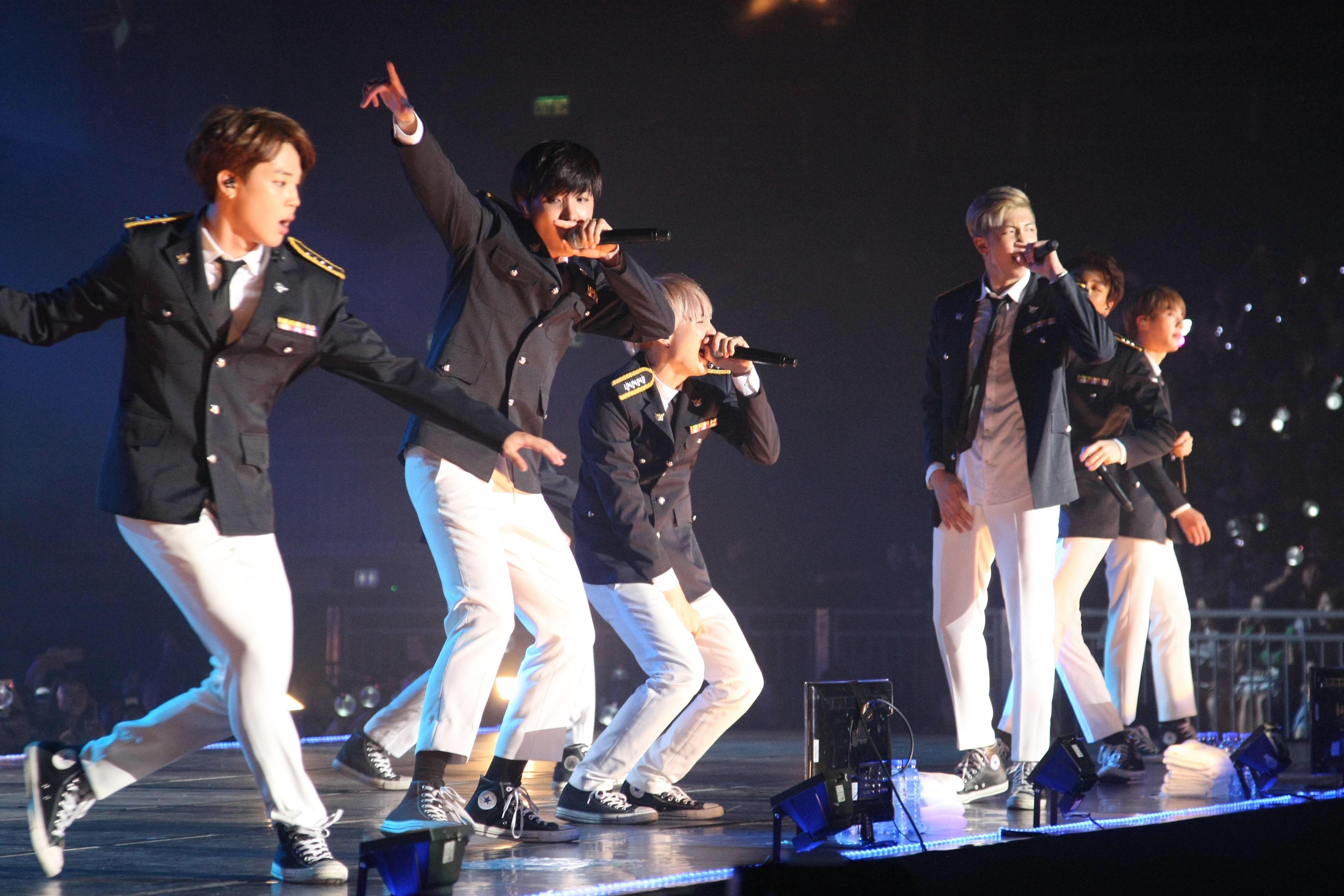 A BTS hatalmas sikerei mögött a világ legszervezettebb rajongótábora áll