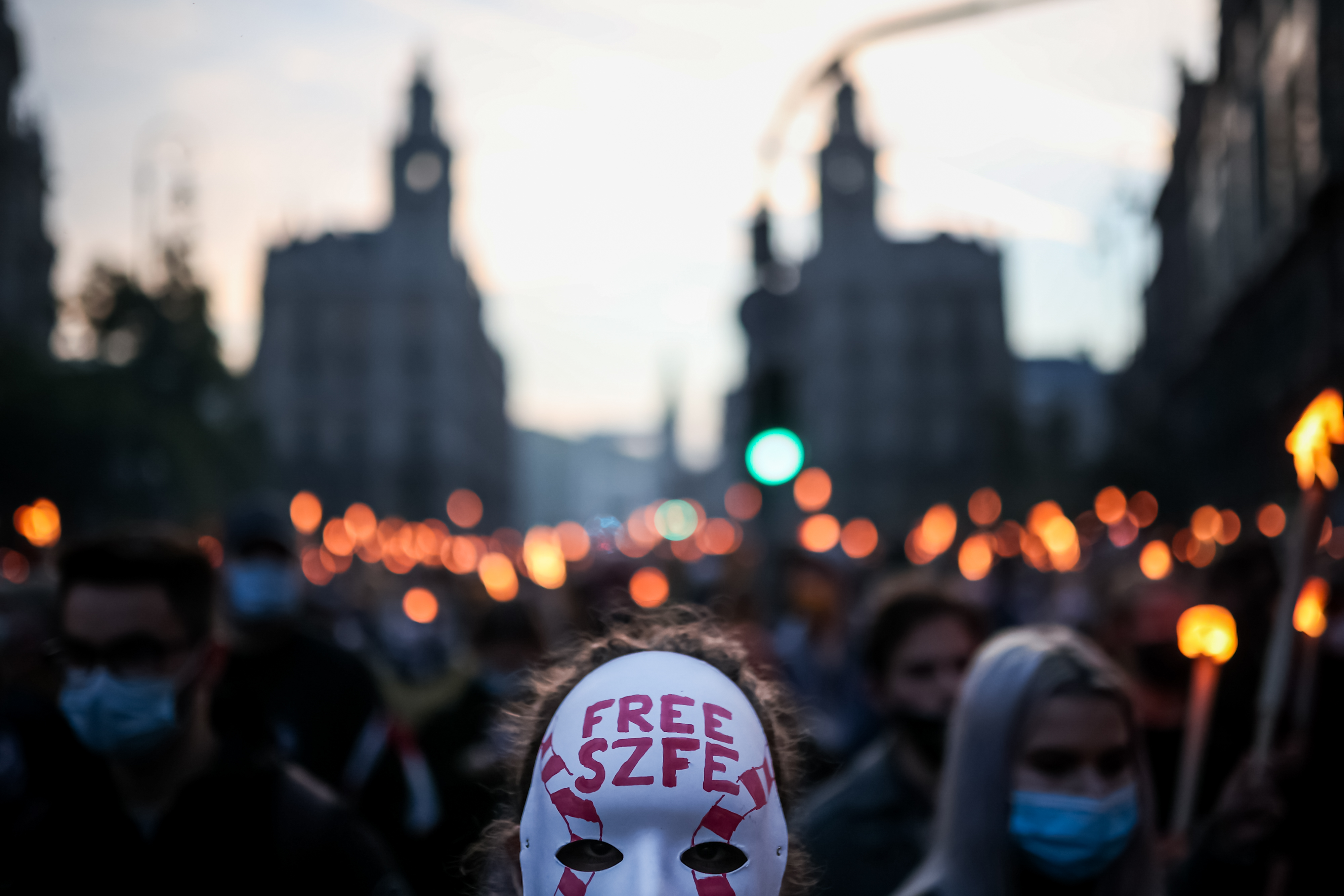 Az SZFE-s diákok szerint Gulyás Gergely félreértette a pénteki tüntetésüket