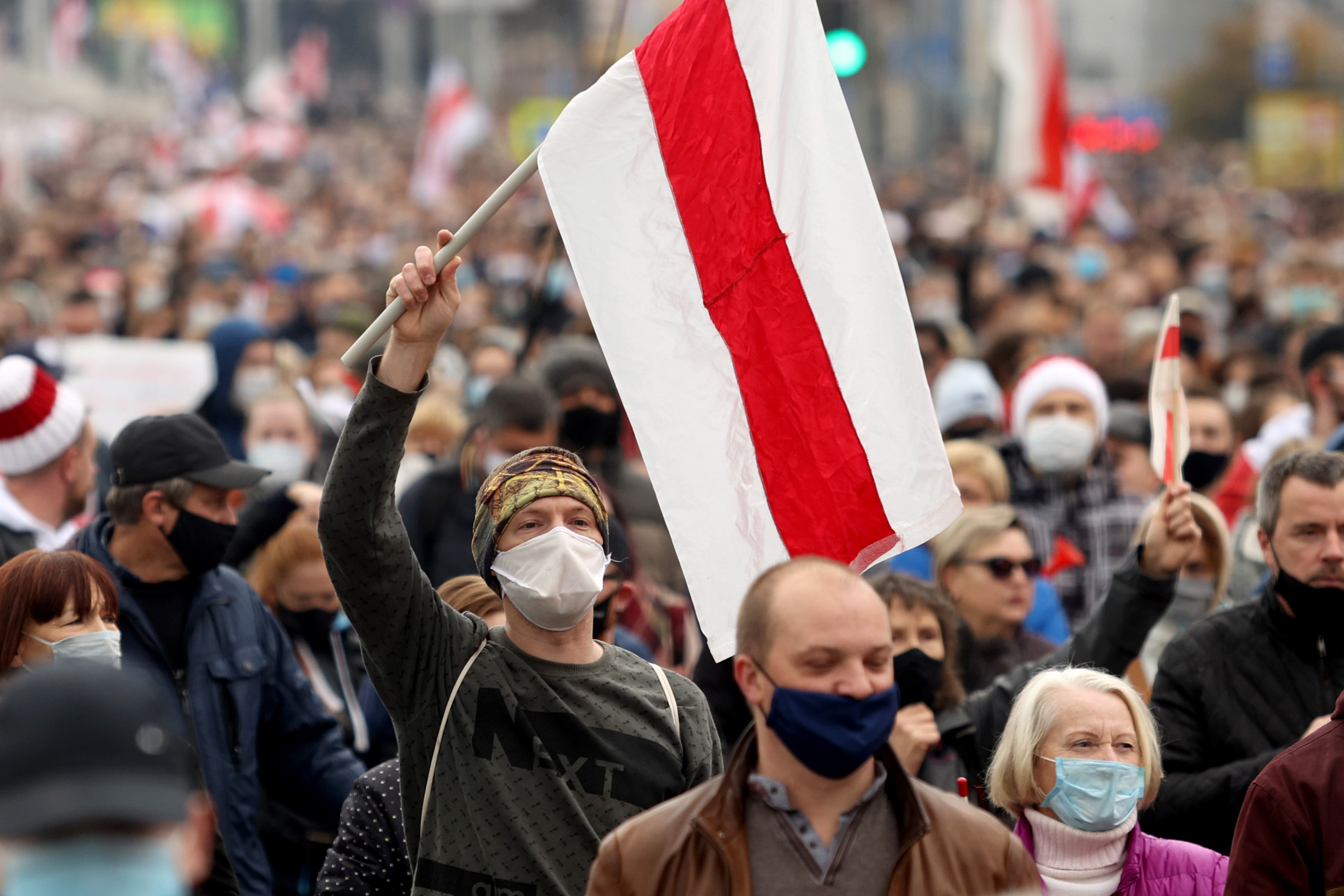 Ismét több mint százezren tüntettek Lukasenka ellen