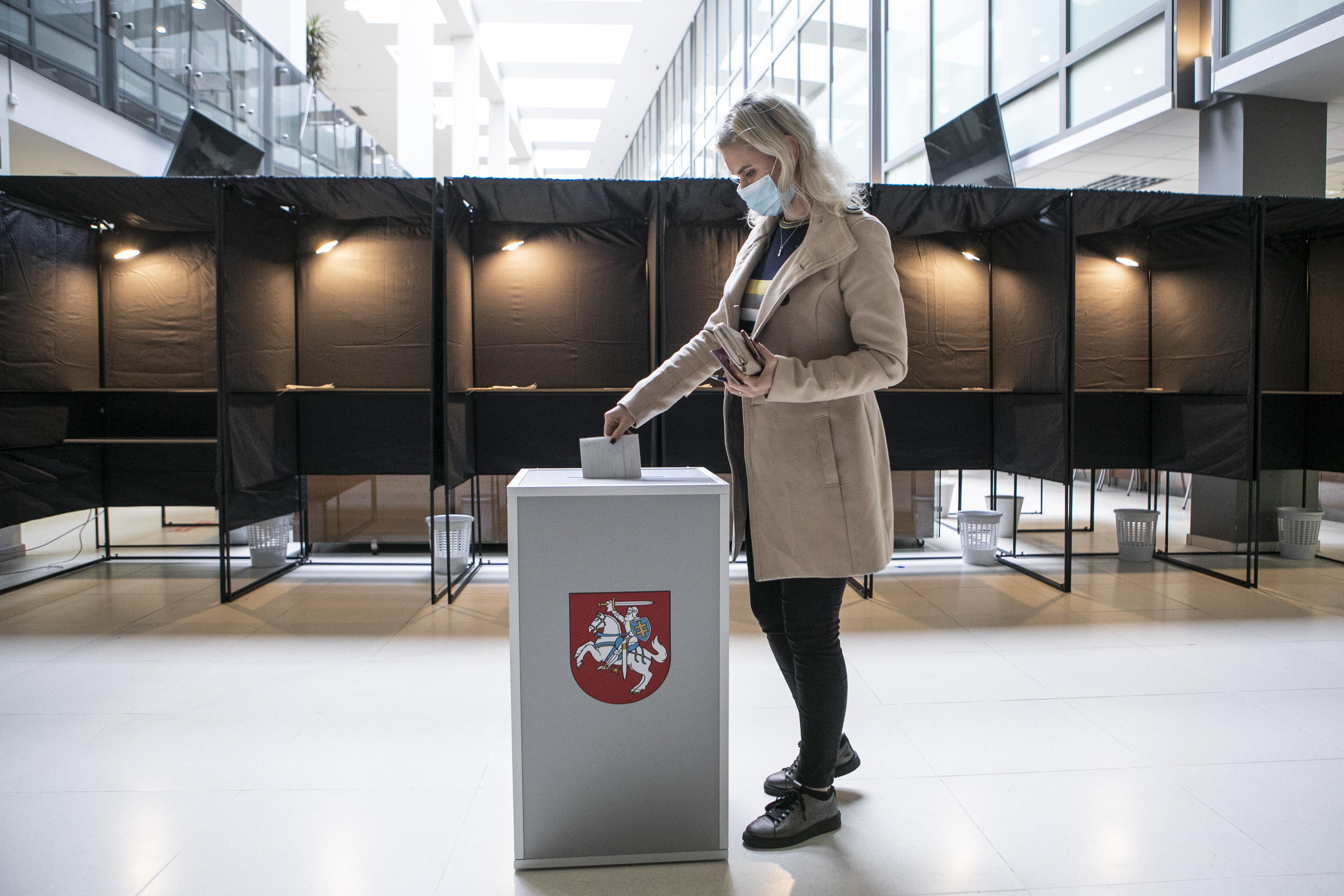 Litvániában az ellenzéki jobbközép Haza Szövetség nyerte a választásokat