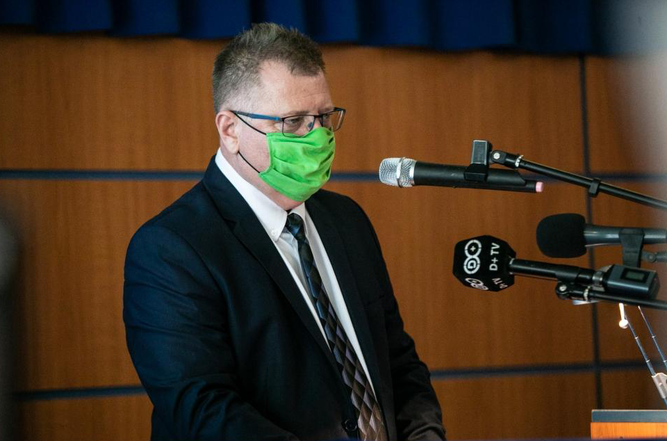 Dörgedelmes levelet írt a dunaújvárosi kórház főigazgatója, miután néhány beosztottja a Facebookon tiltakozott az új egészségügyi törvény ellen