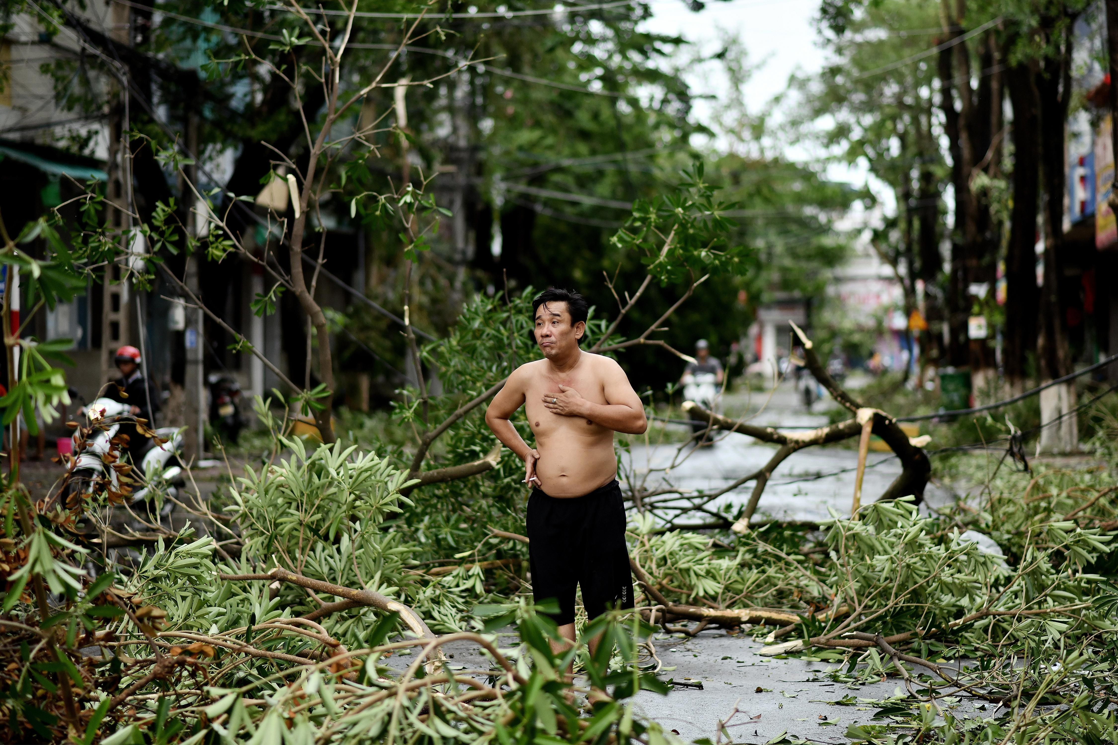 Legalább 13 ember halálát okozta Vietnamban a Molave tájfun