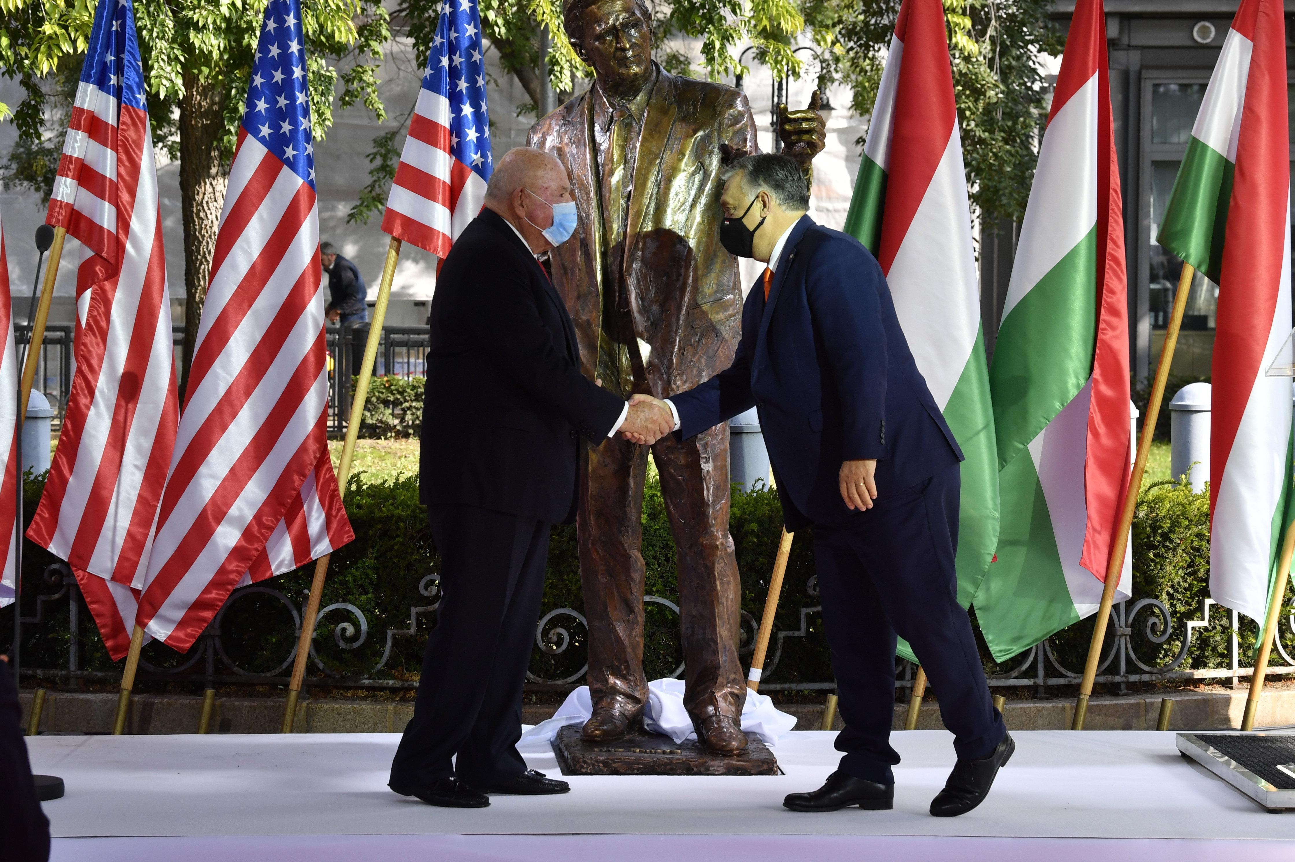 Csúnyán beszólt Orbánnak az orosz külügy