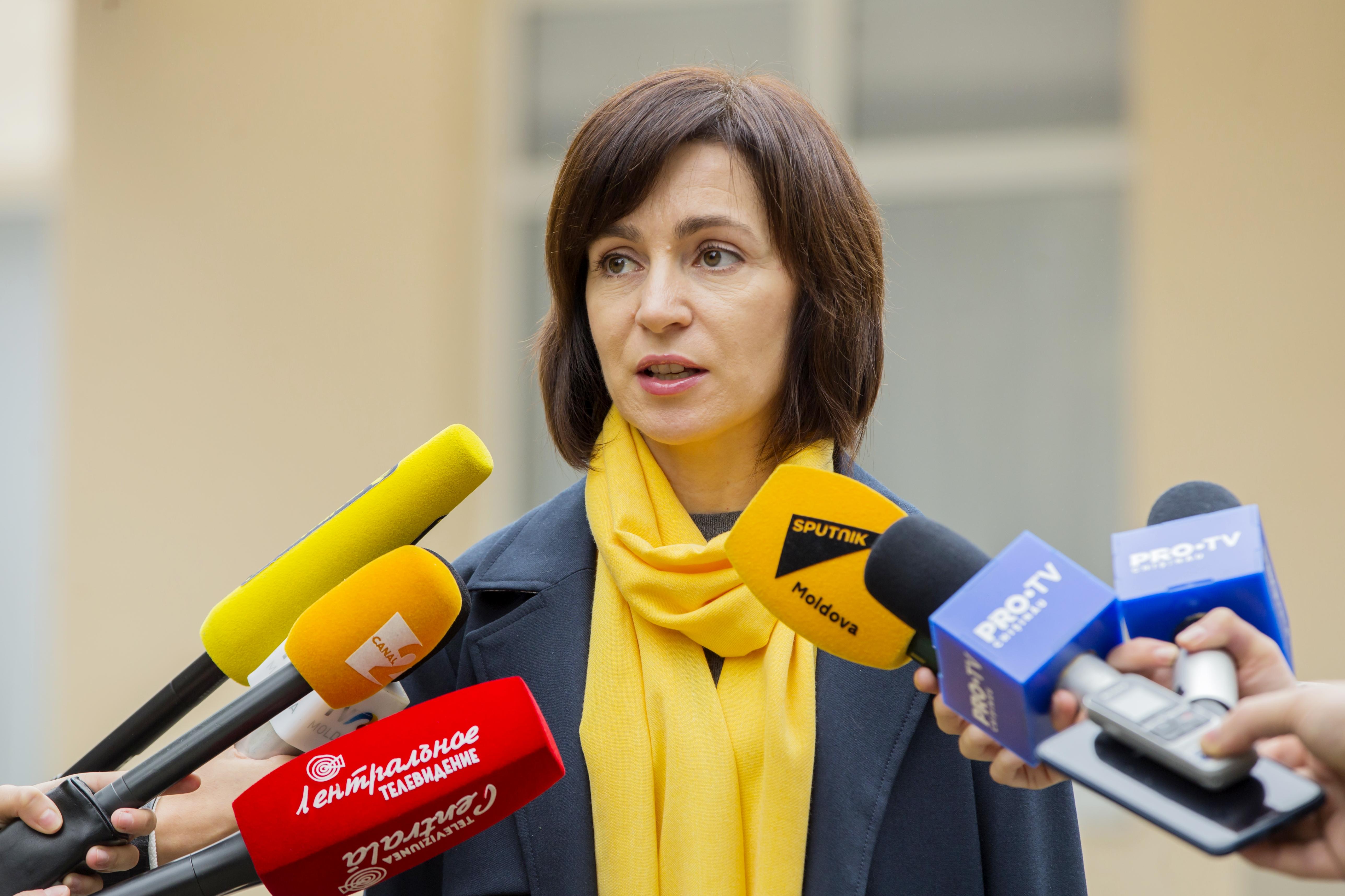 Az Európa-barát jelölt nyerte a választás első fordulóját Moldovában