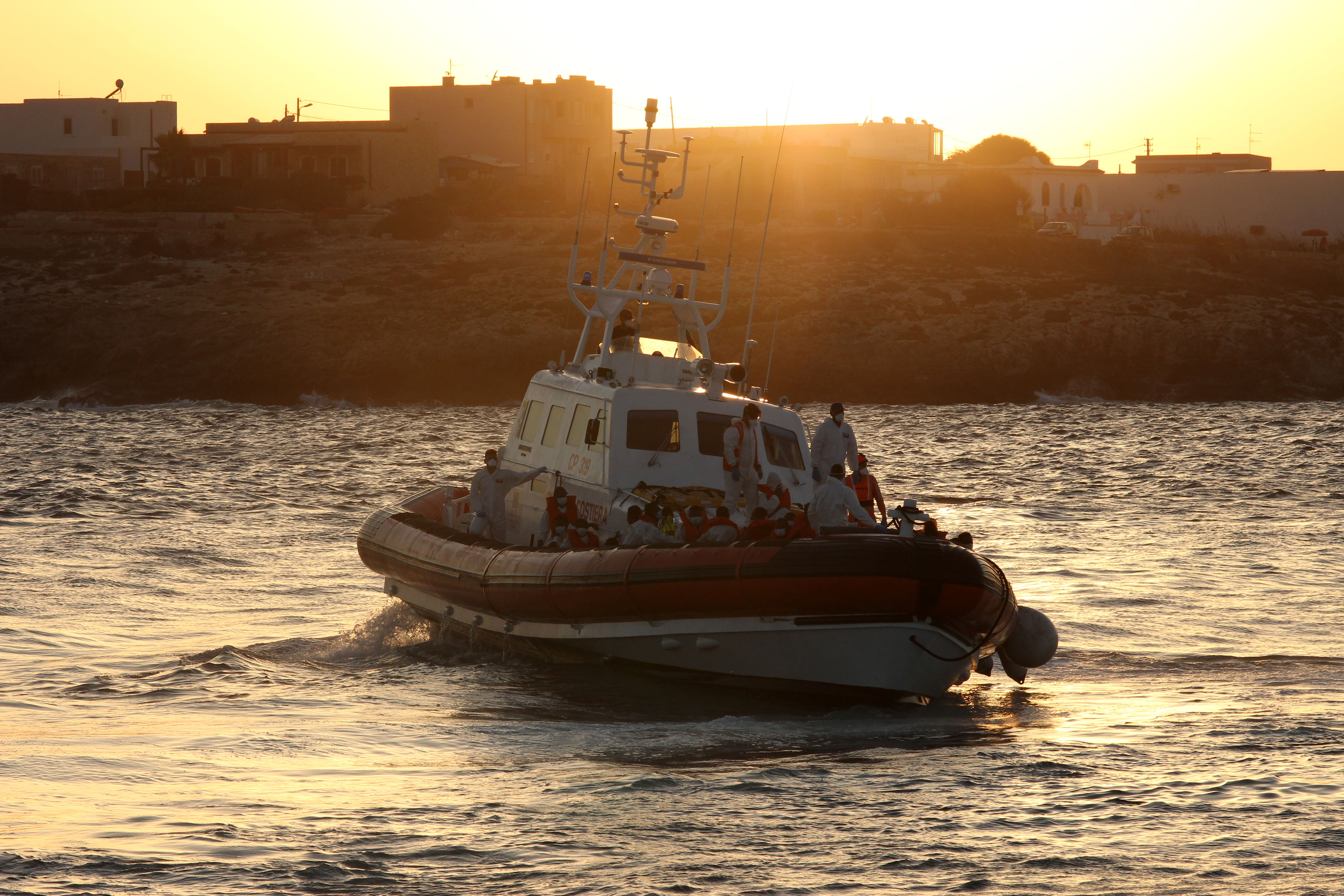 Lampedusa menekülttábora újra megtelt