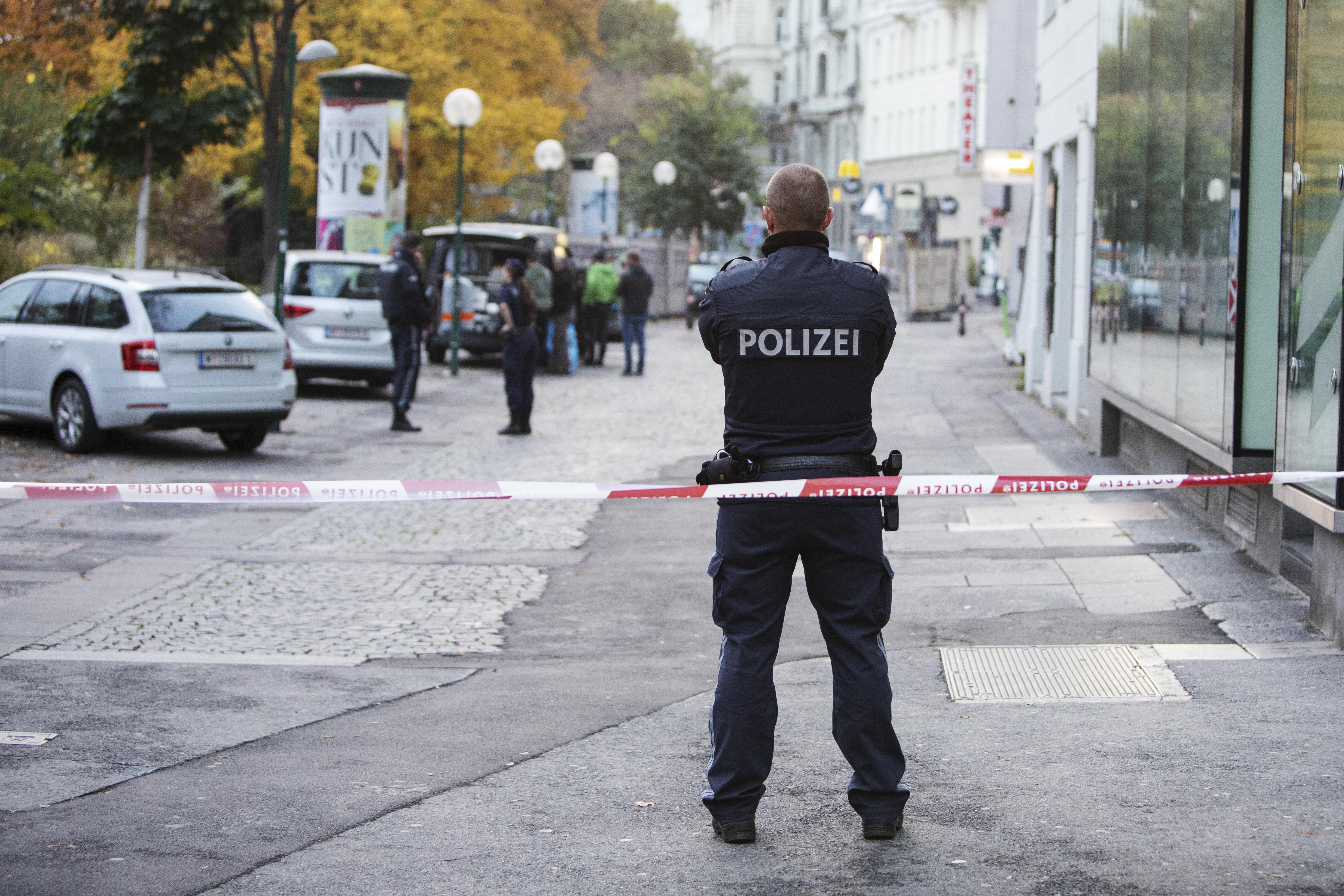 A bécsi merénylő németországi kapcsolatait is kutatják
