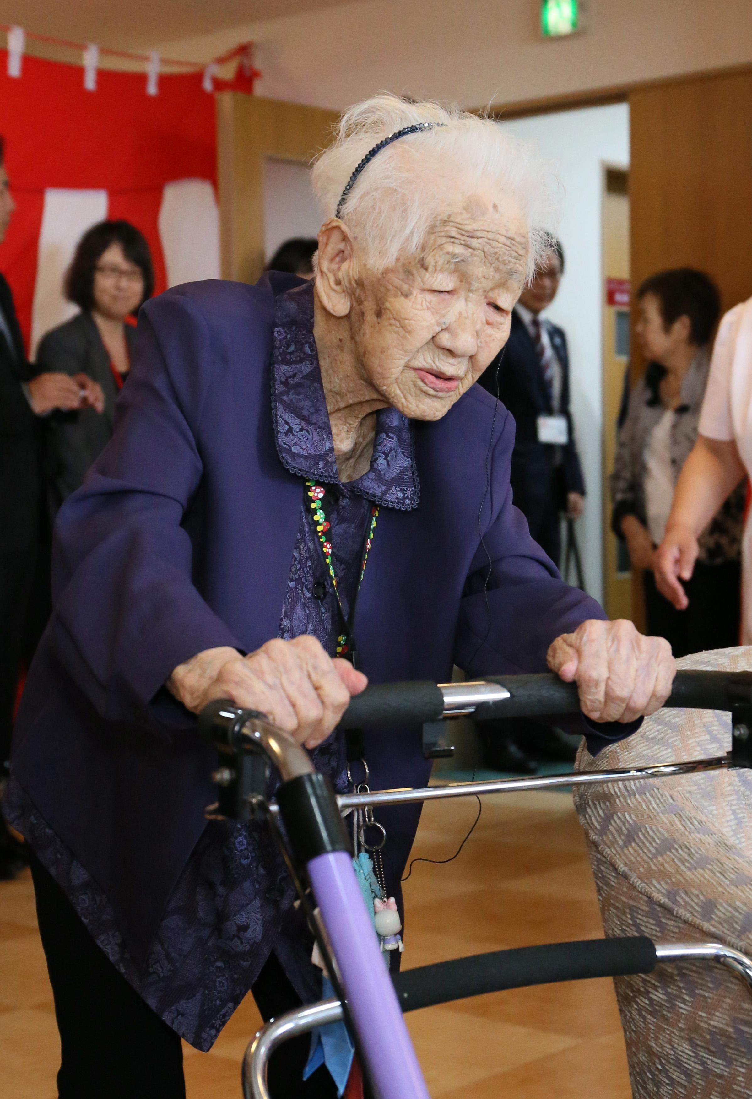 A világ legidősebb embere viheti majd az olimpiai lángot