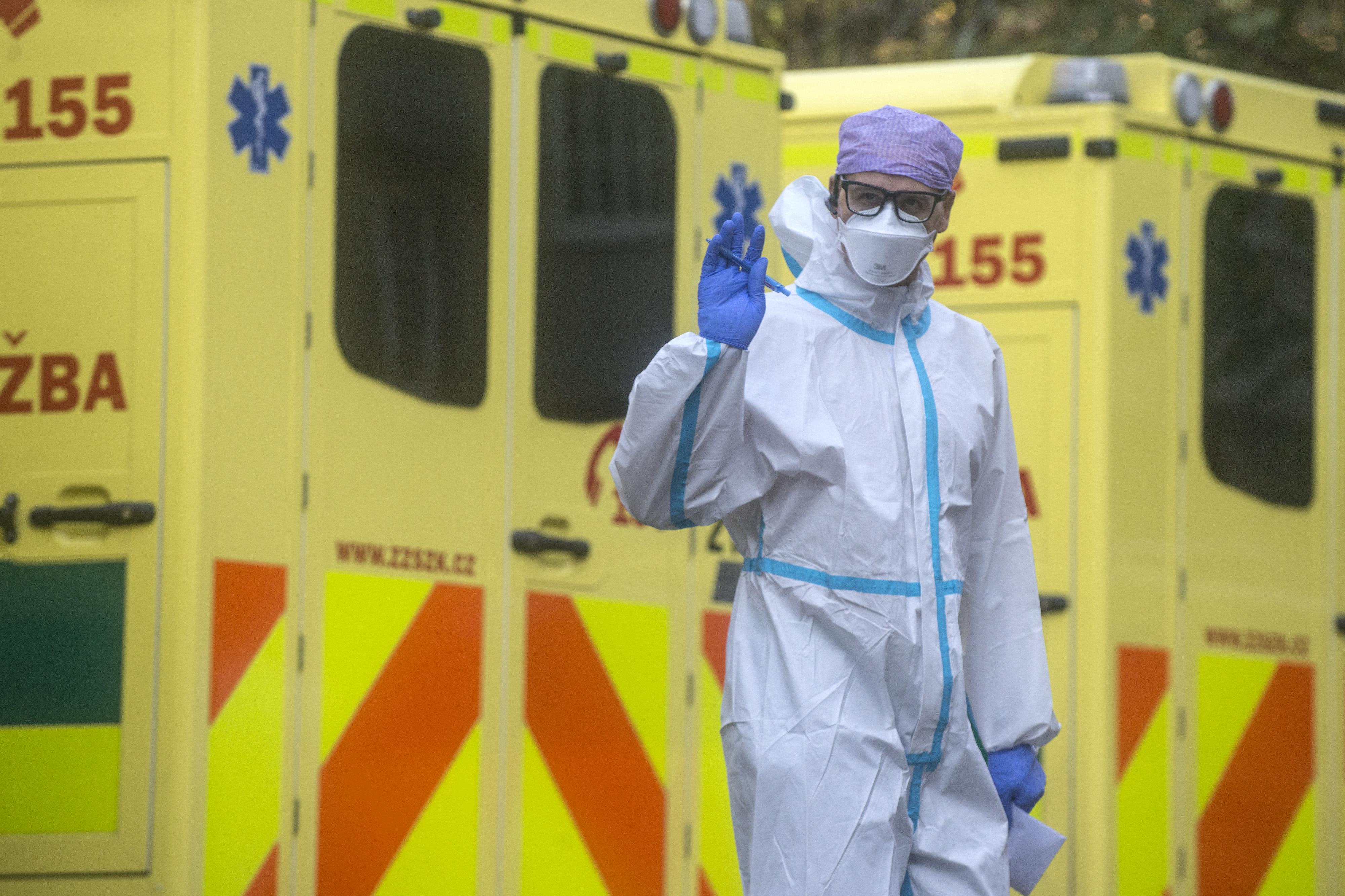 Az új eljárásrend szerint könnyebb lesz hazaküldeni a kórházakból a nem teljesen gyógyult covidosokat