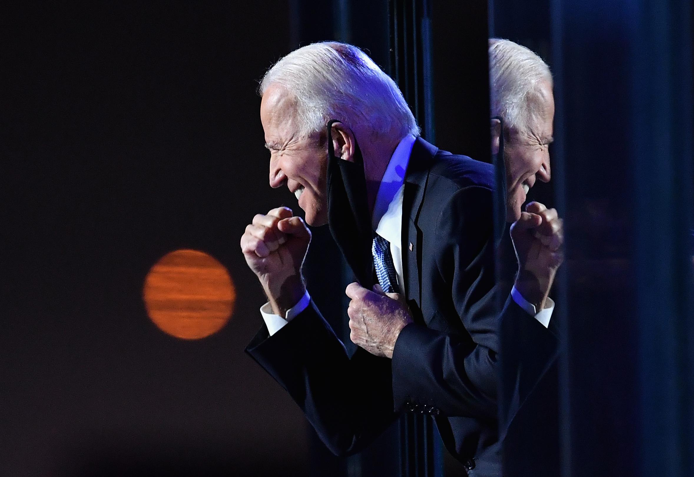 Joe Biden végül nagyon sima győzelmet aratott