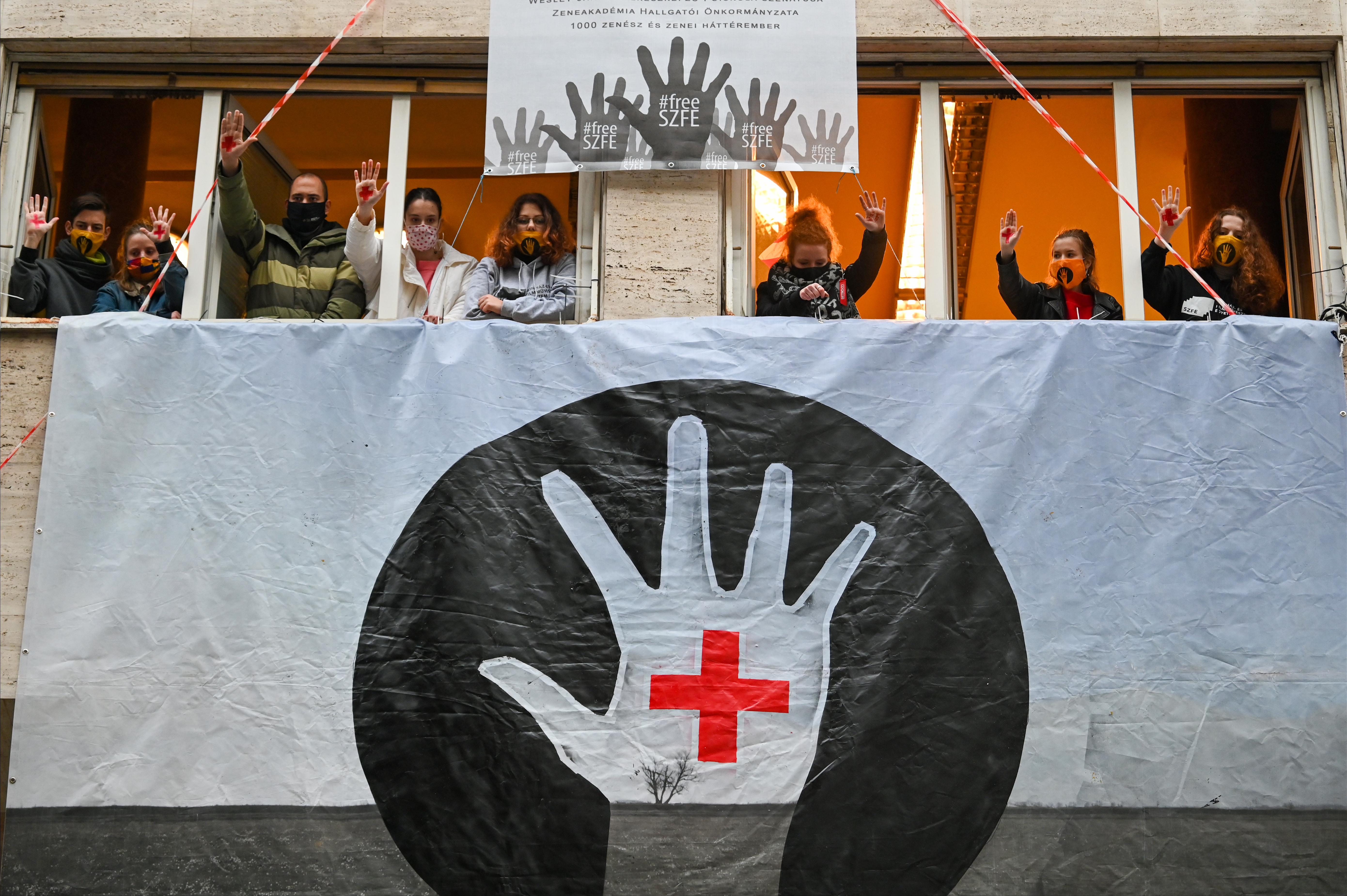 A Fővárosi Ítélőtábla kimondta, az SZFE dolgozóinak sztrájkkövetelései jogszerűek