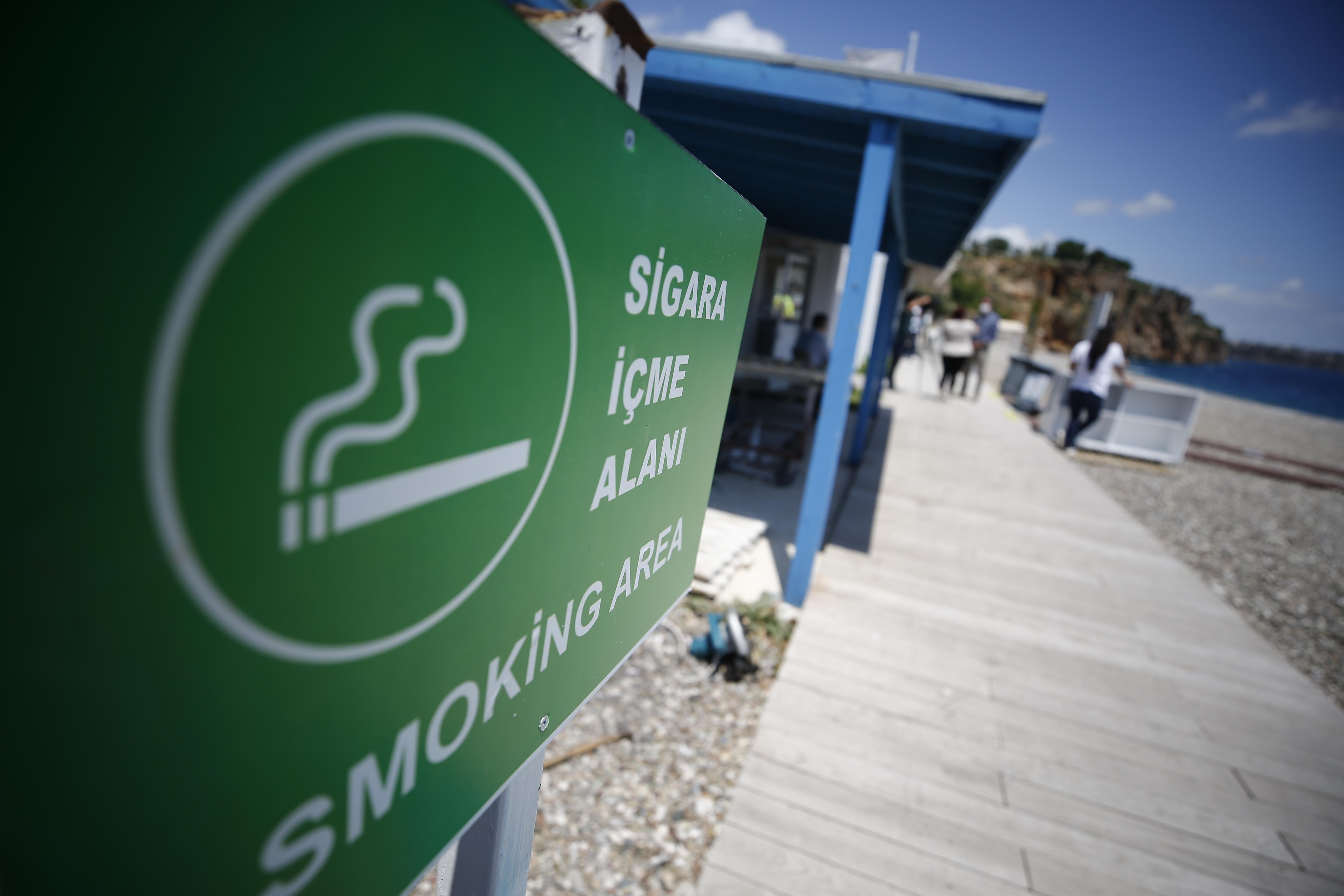 Törökországban betiltják a dohányzást a zsúfolt közterületeken