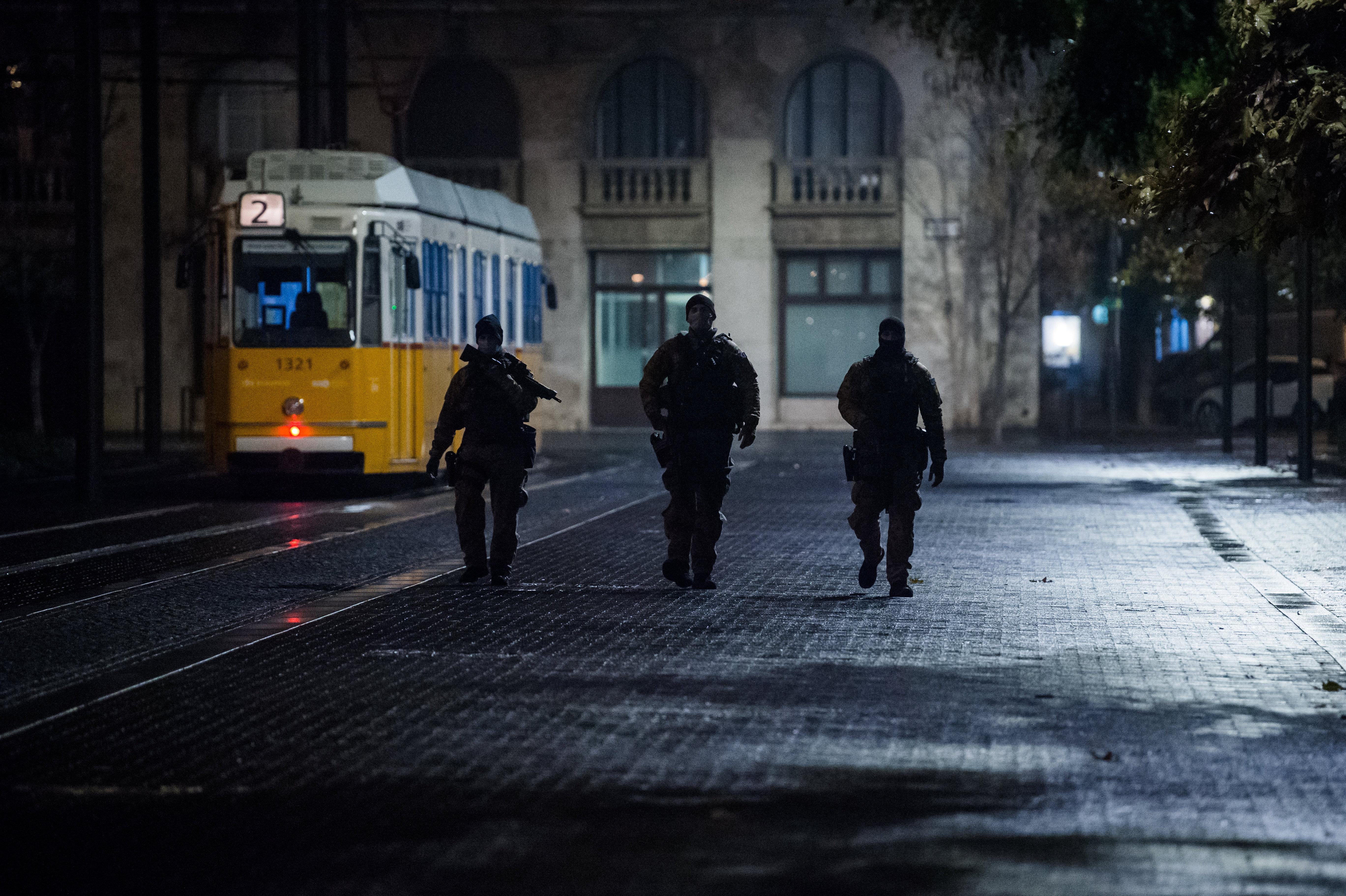 Gulyás szerint 8 után is kimehetnek majd az utcára, akik már védettek a koronavírus ellen