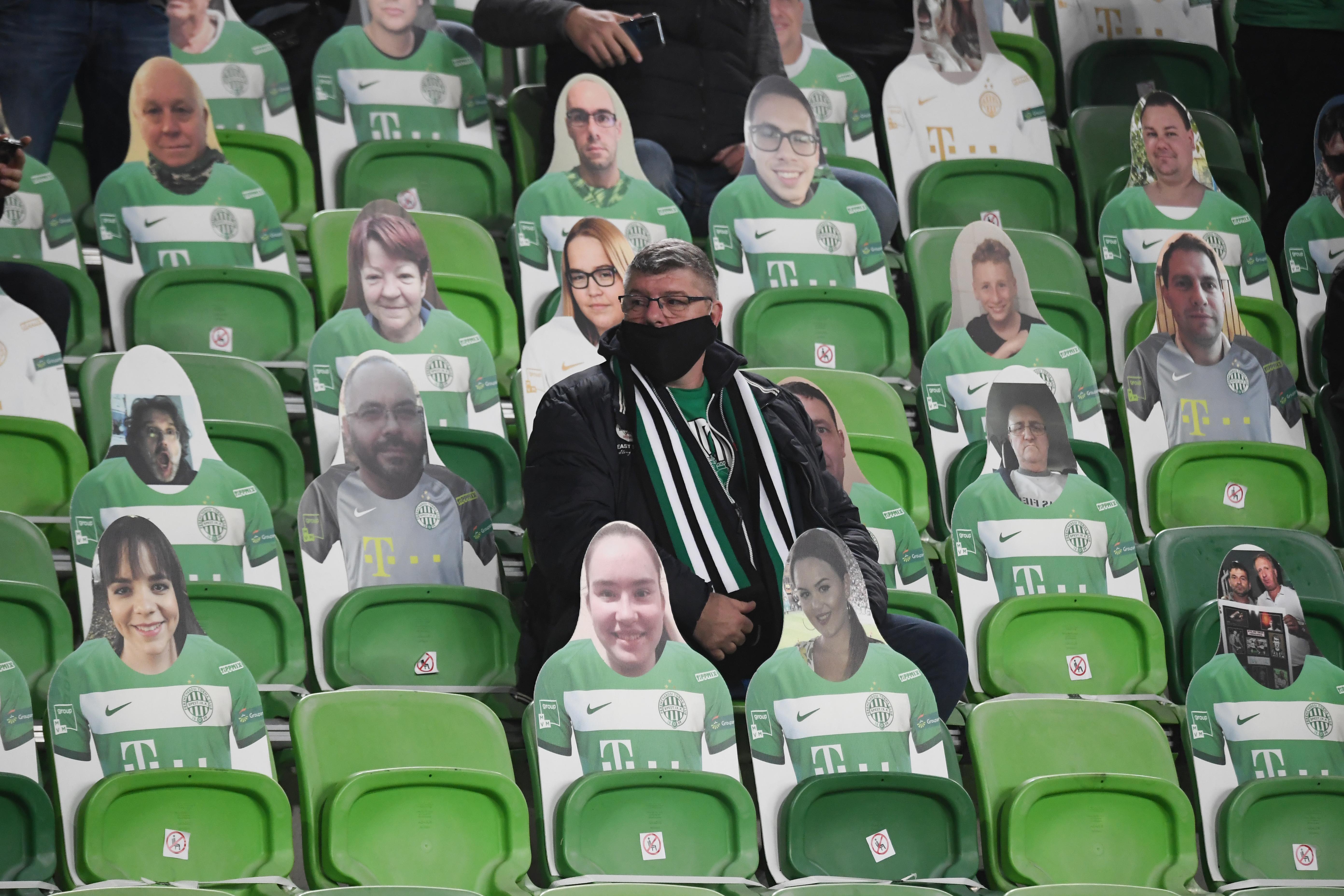 A maszk nélküli szurkolók miatt büntette a Ferencvárost az UEFA