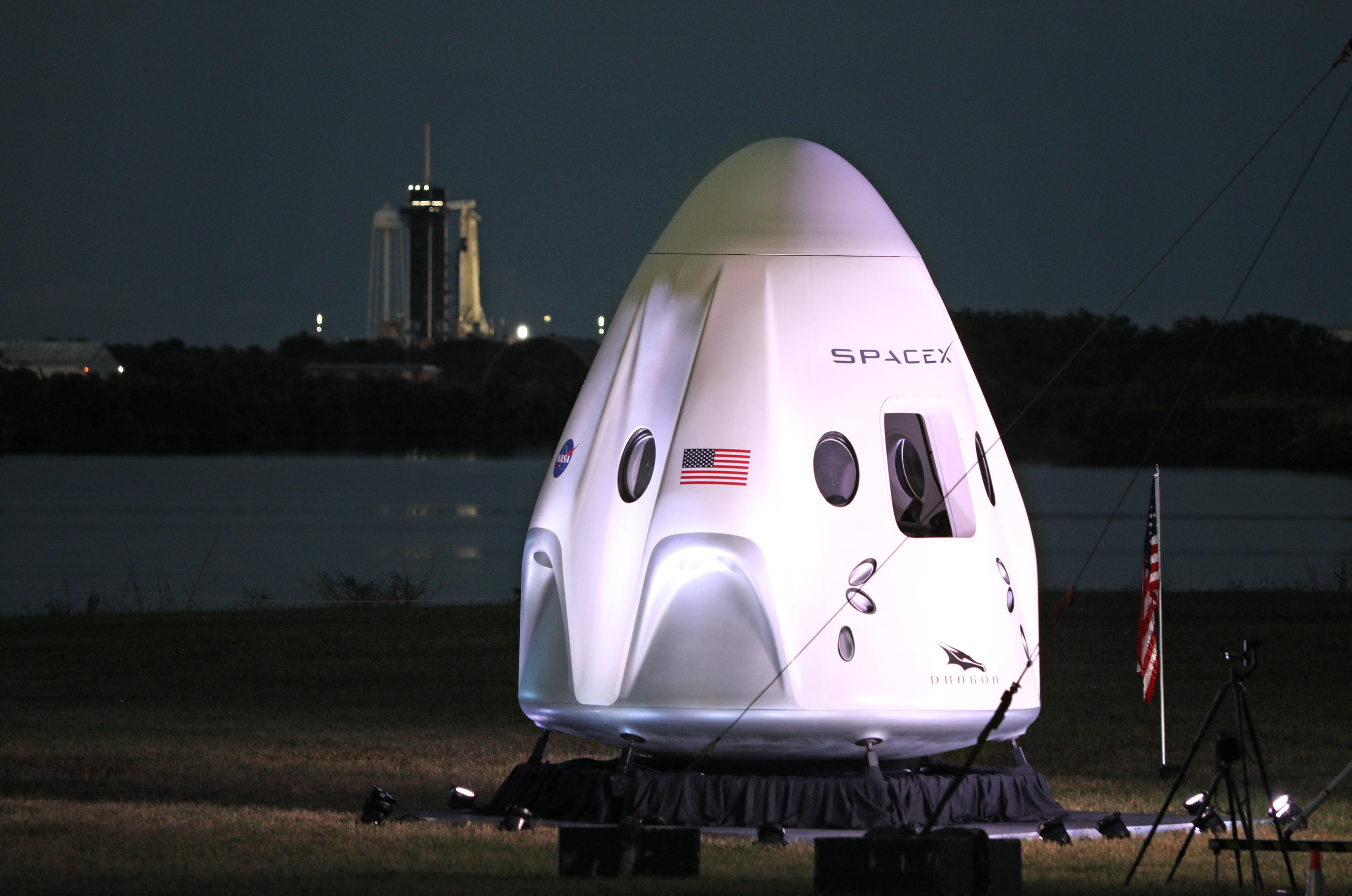 A SpaceX első űrhajója megérkezett a Nemzetközi Űrállomásra