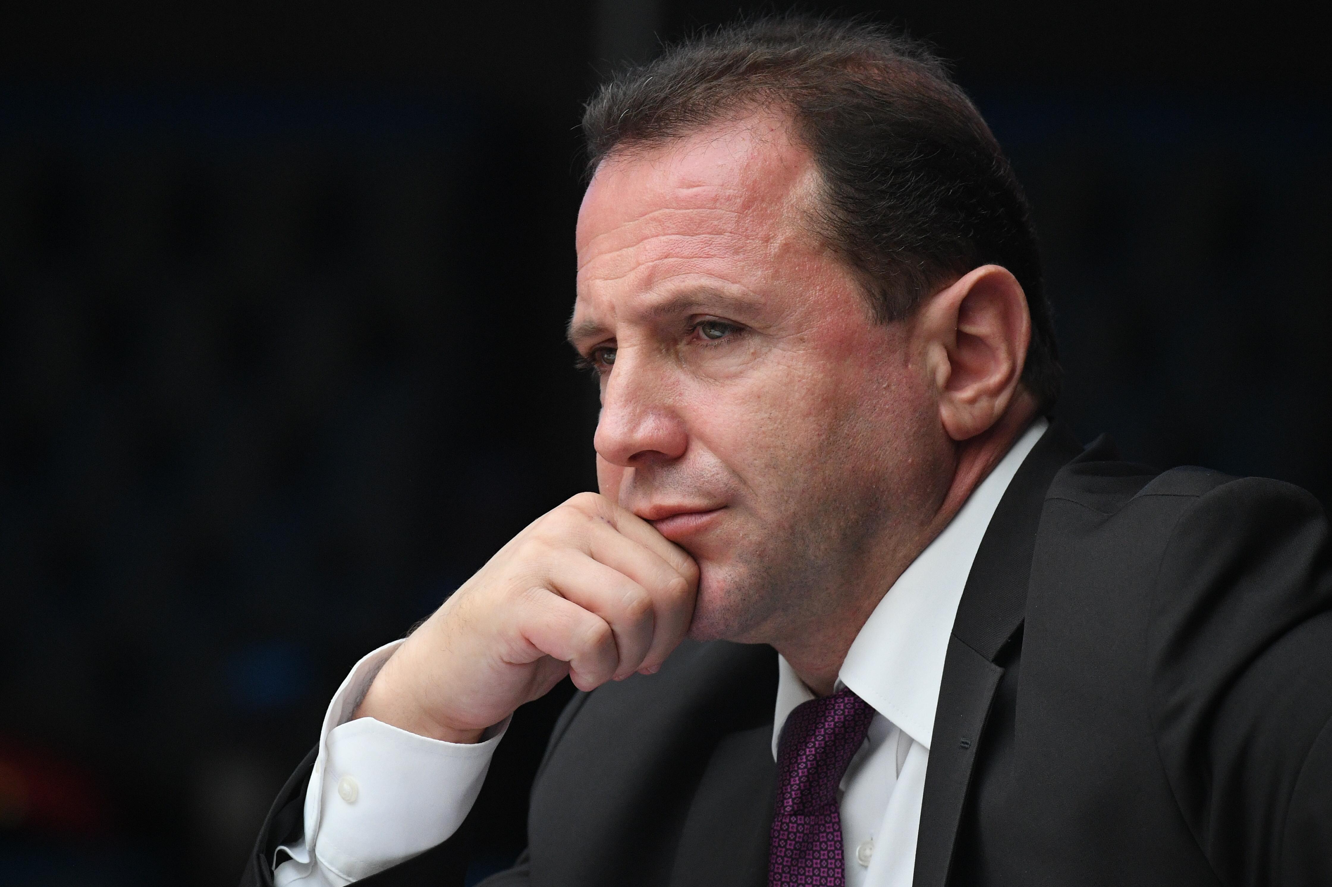 Leváltották az örmény védelmi minisztert