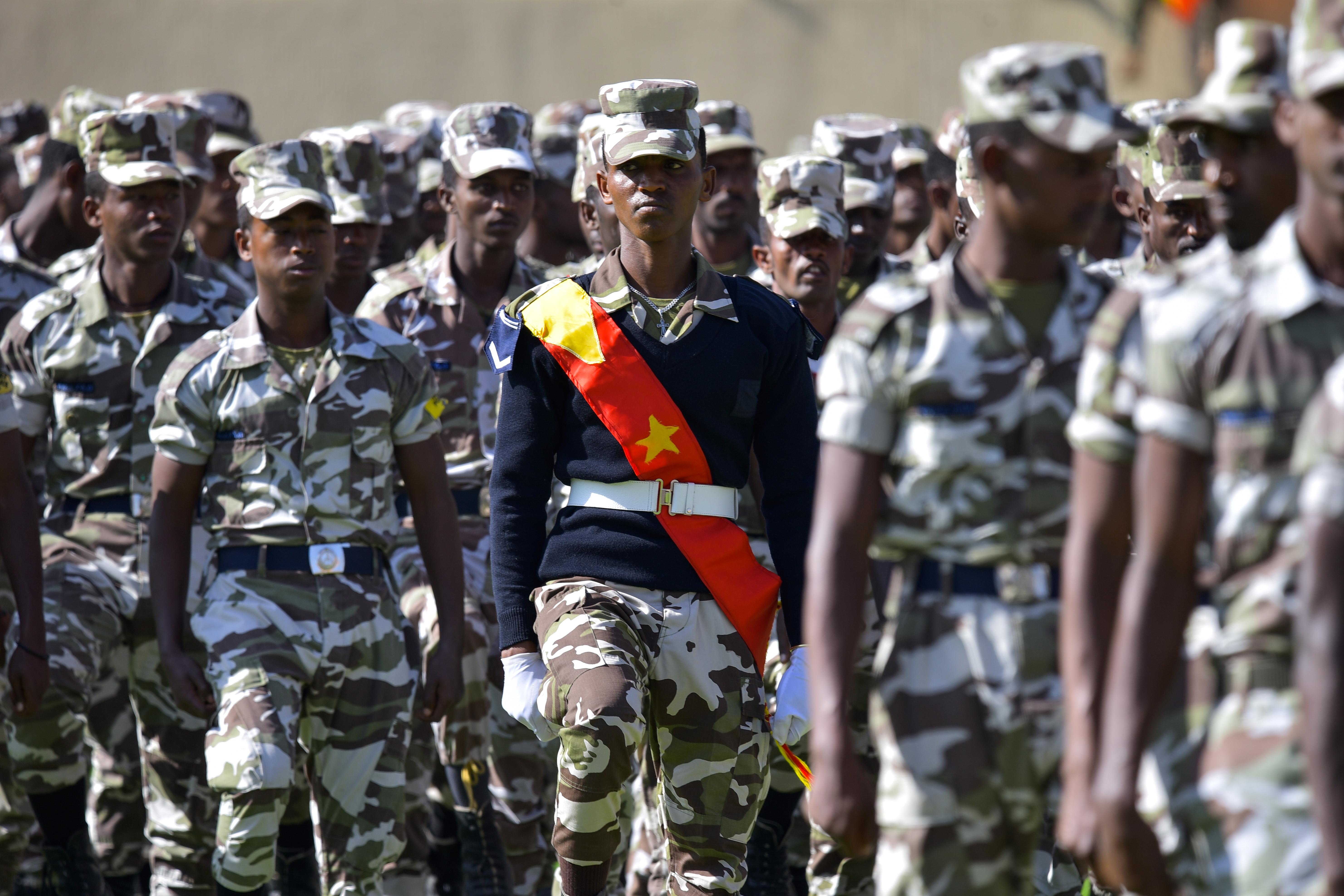 Félmilliós város tüzérségi ostromával fenyeget az etióp hadsereg