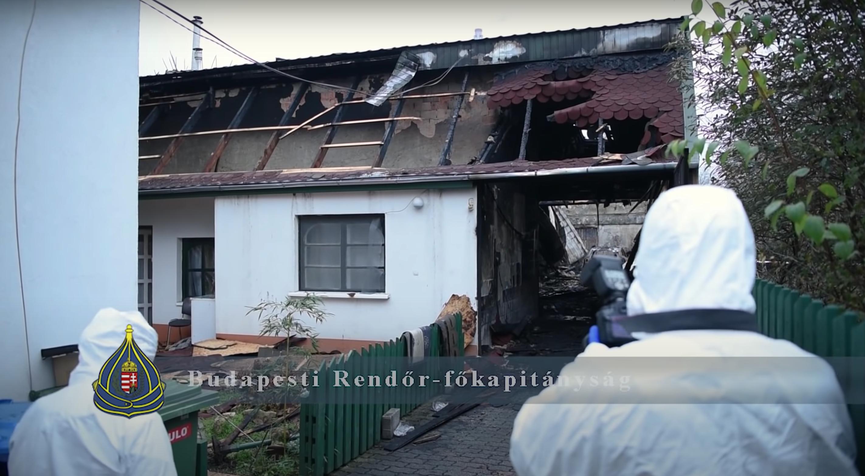 Napokigzaklatta a tetőn talált kisfiú nagyszüleit a férfi, aki aztán rájuk gyújtotta a házat