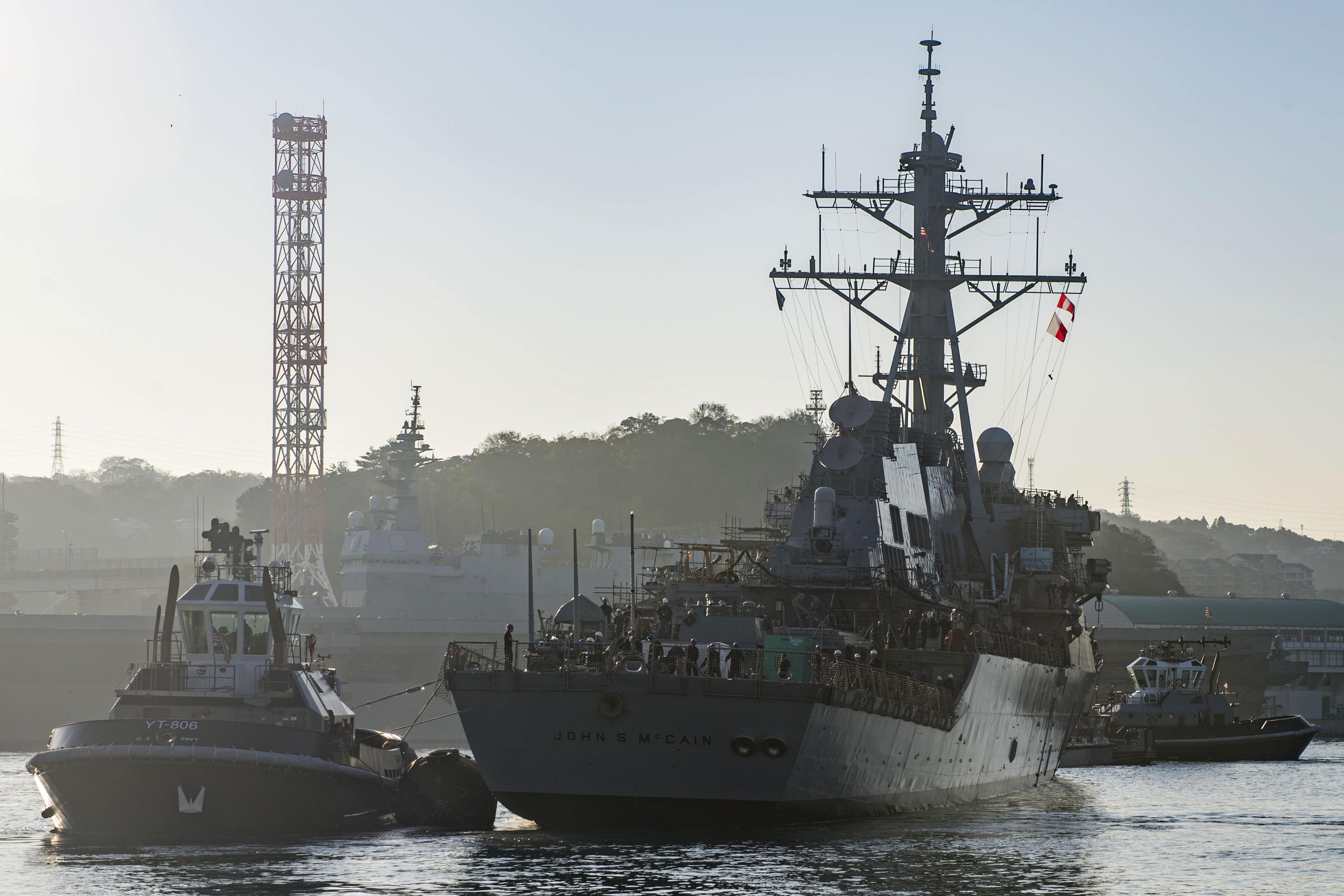 Moszkva azt állítja, az amerikai hadiflotta egyik hajóját kellett elkergetniük orosz vizekről a Japán-tengeren