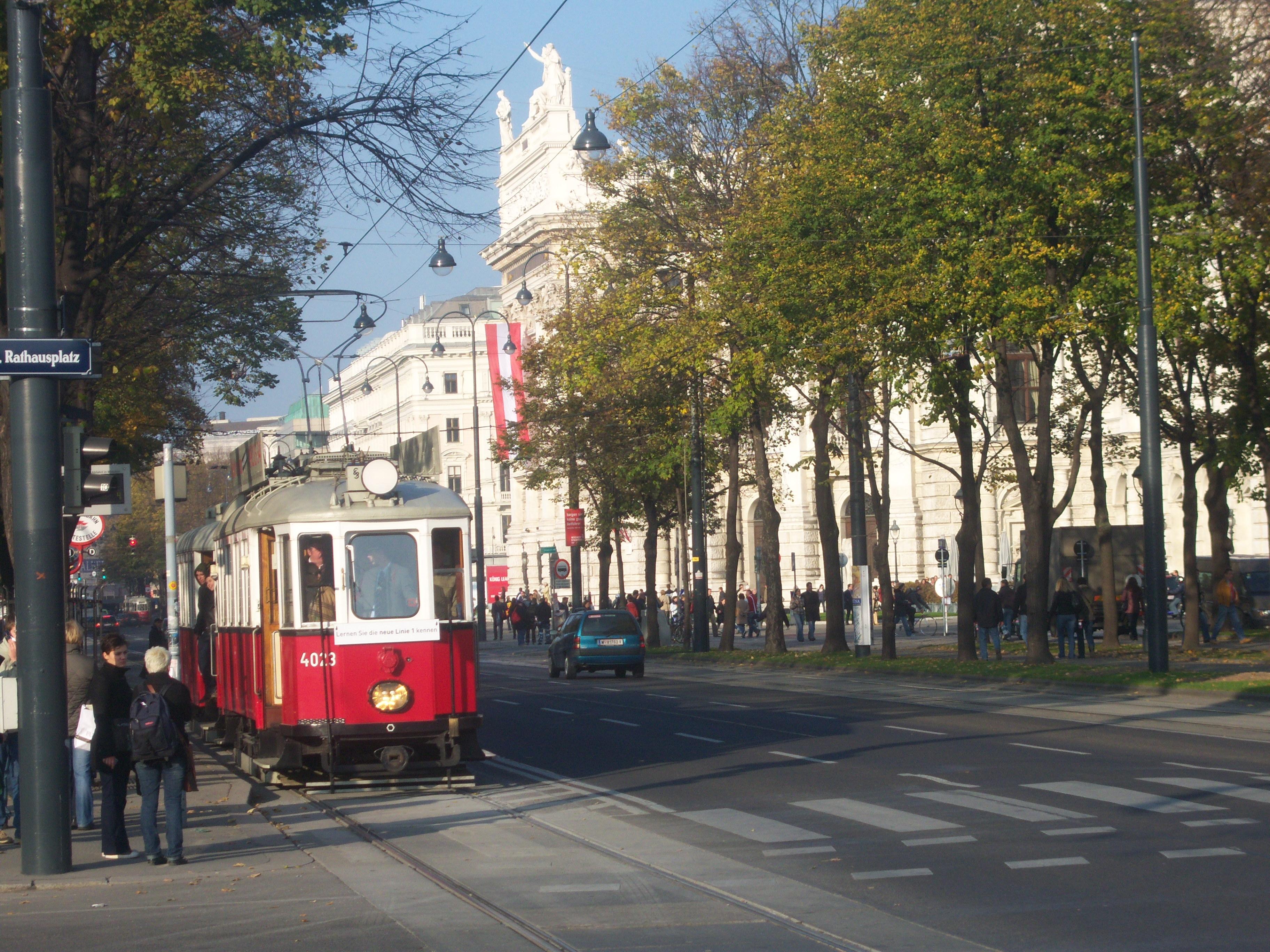 Késsel fenyegetett egy rabbit egy nő Bécsben