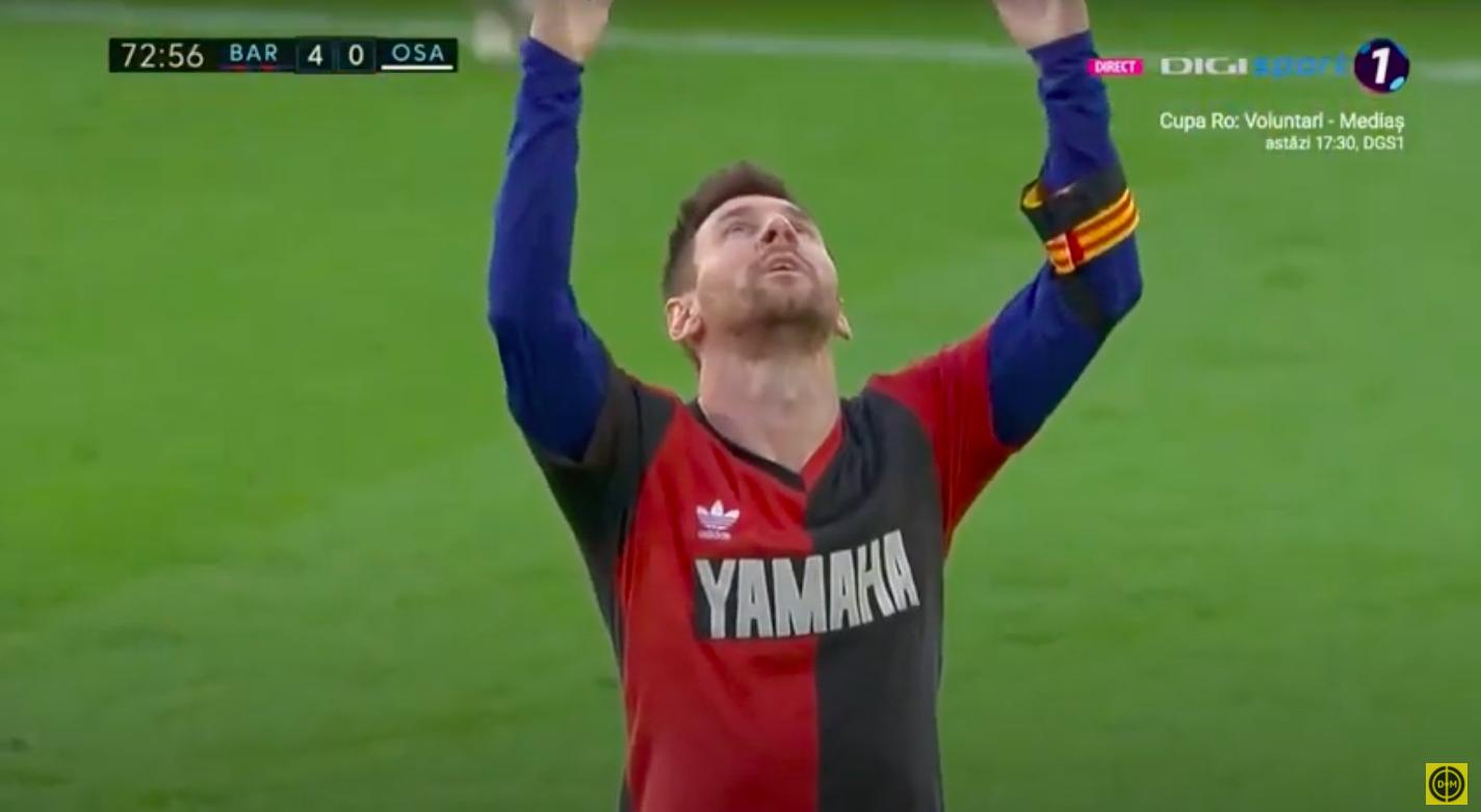 A Barca-mez alá húzott Maradona-mezben játszott Messi, a gólja után meg is mutatta