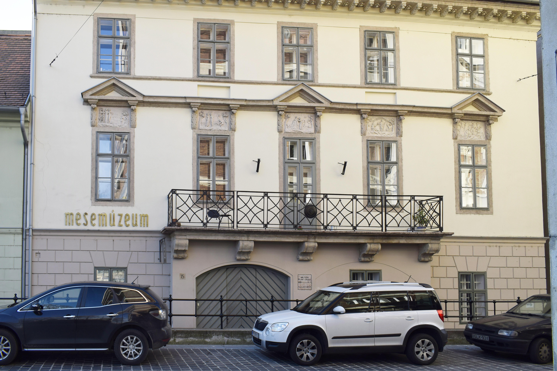 Szerződést bont a Petőfi Irodalmi Múzeummal a budavári önkormányzat
