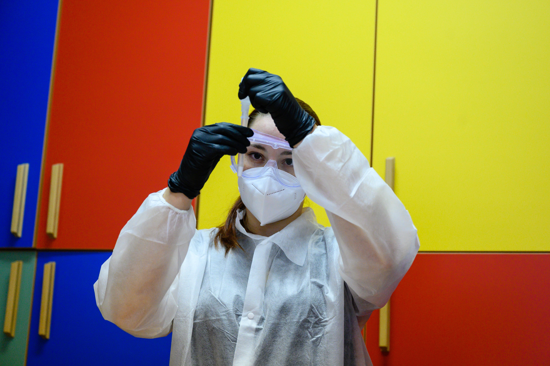 Újabb 2500 embernek kínál ingyenes koronavírus-tesztet a főváros