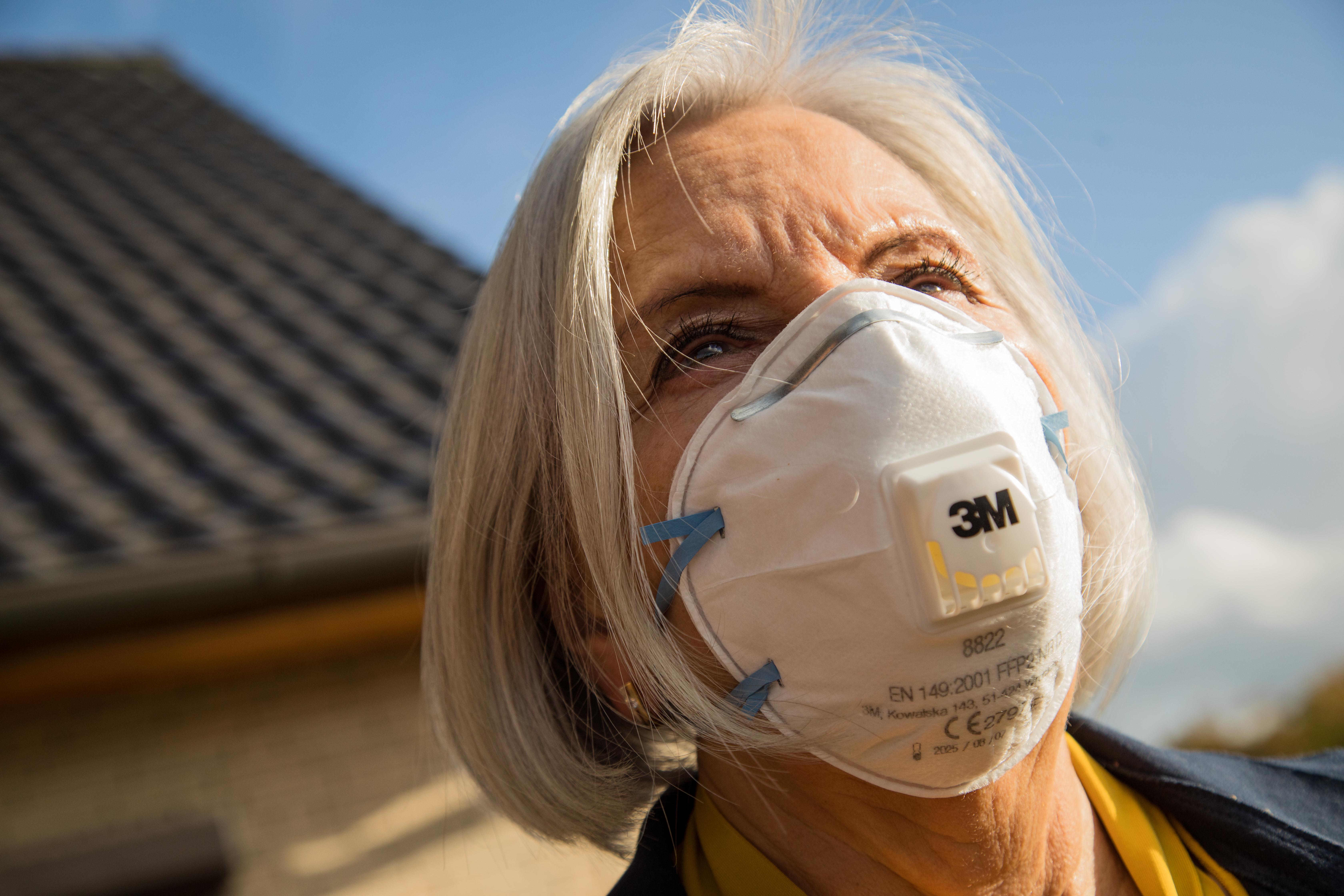 Ausztriában ingyen adnák az FFP2-es maszkokat a 65 éven felülieknek