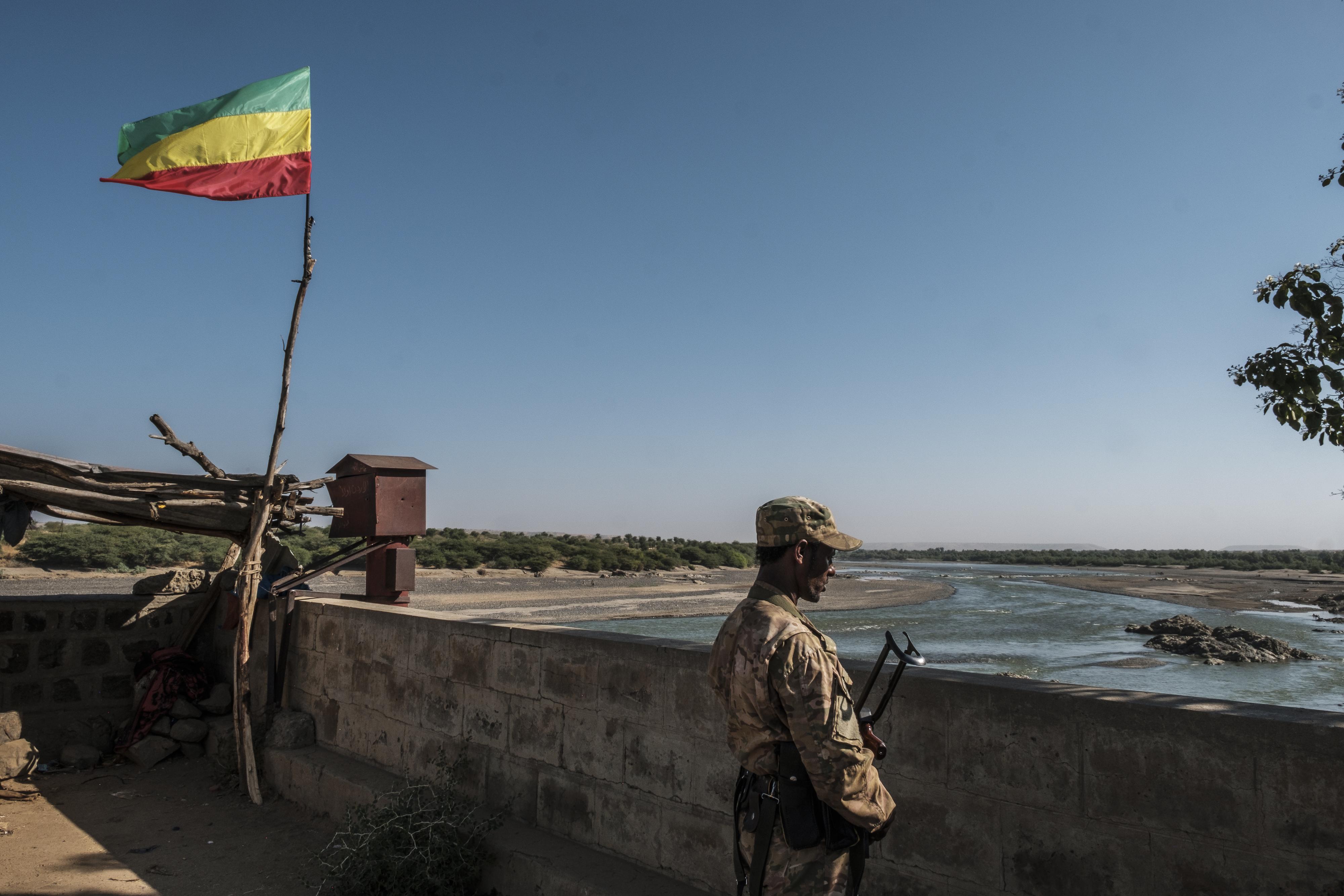 Egy jelentés szerint az etióp biztonsági erők lelkén szárad több civil megölése is az országban tomboló etnikai zavargásokban