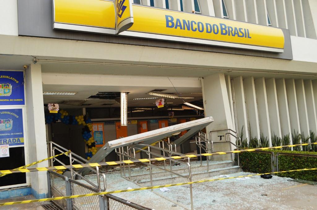 Új típusú bankrablások Brazíliában: lerohanják a teljes várost